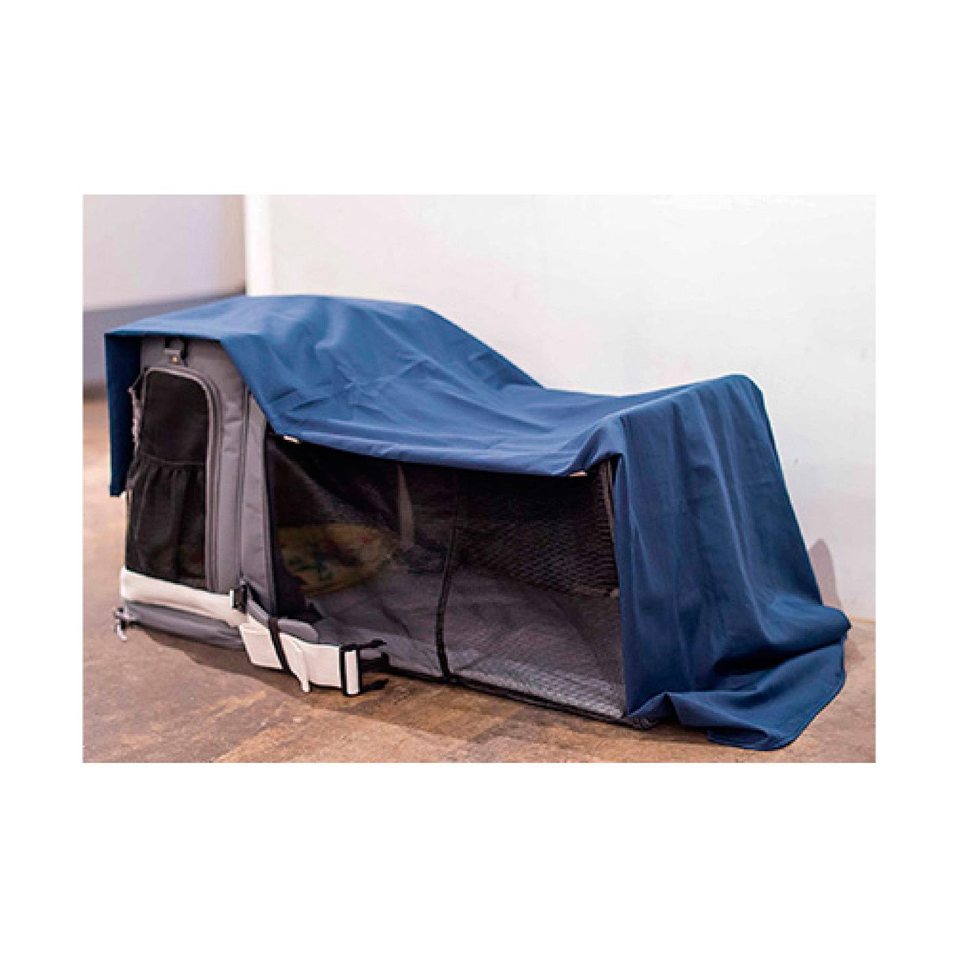 飼育マナー&ストレス対策の遮断布付き 約145×145㎝の大きめのカバー布をセット。まわりの環境や視野をさえぎるほか、防寒や雨よけなど多目的に使えます。