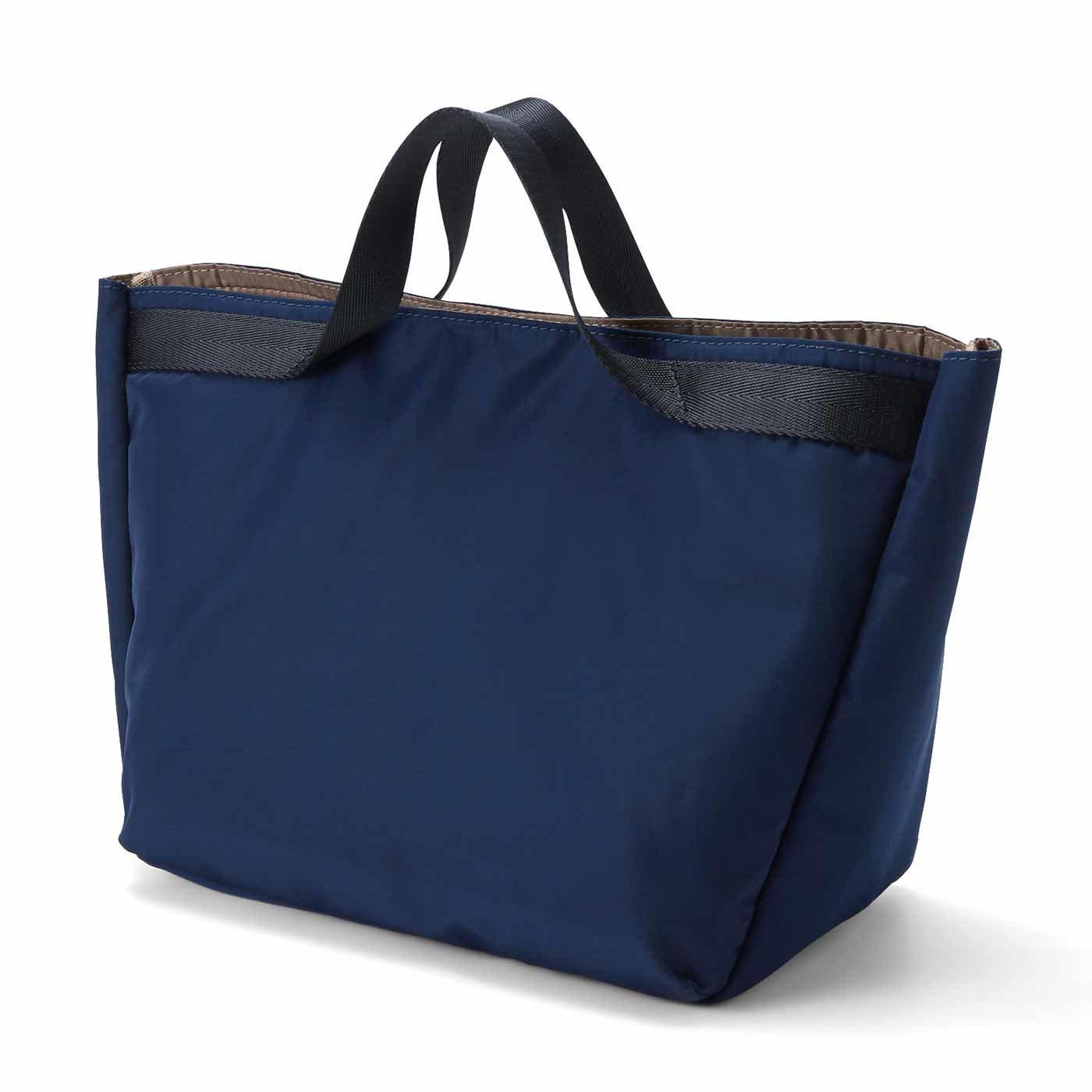 IEDIT[イディット] 取り外し可能な保冷ポーチ付きで便利な軽量トートバッグ〈ネイビー〉