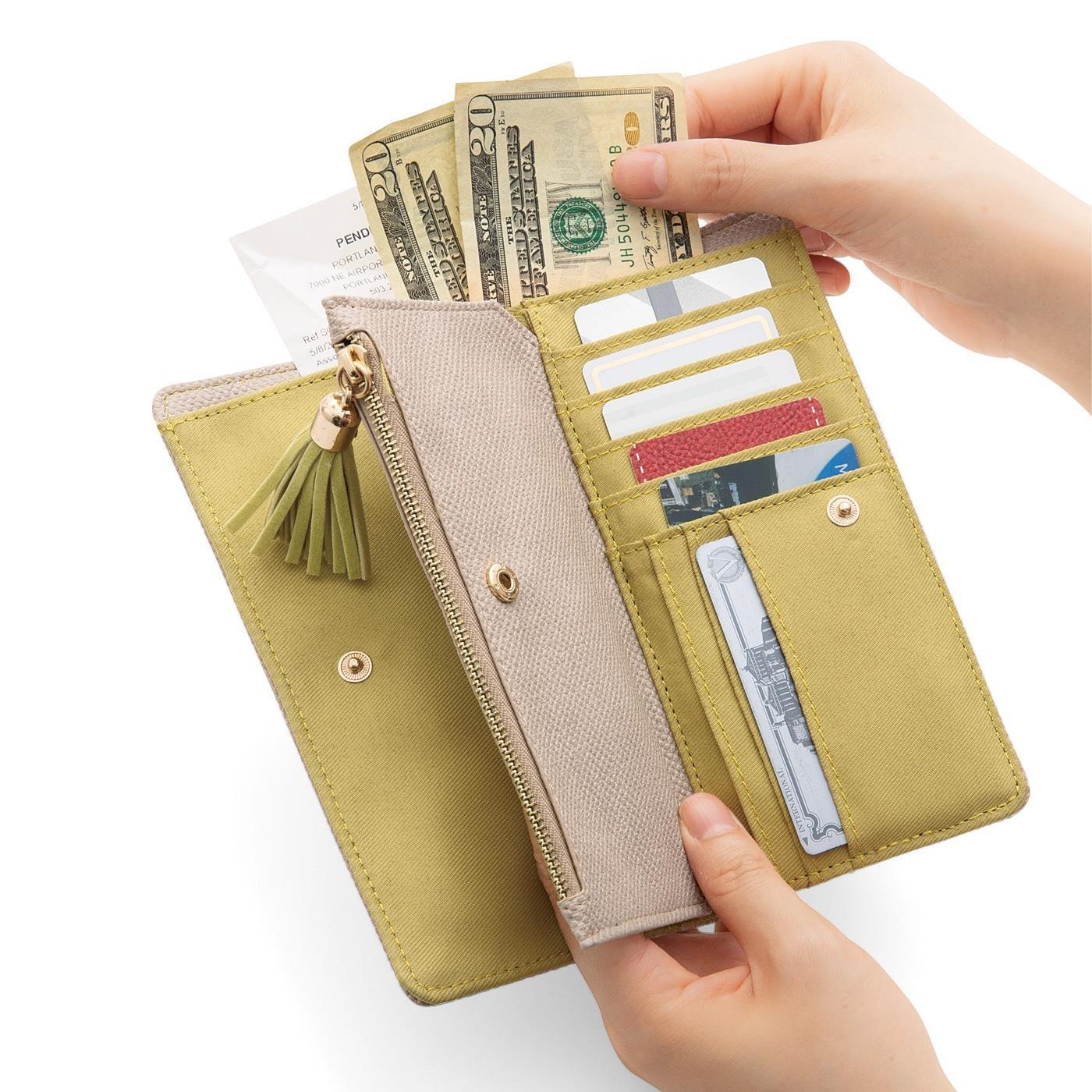 縦入れだからコンパクトにすっきり収まる 手になじむやわらかシステム長財布