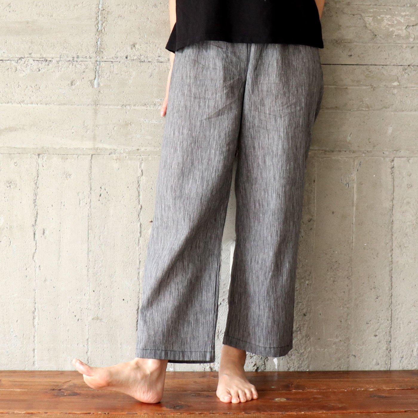 夏は絶対コレ!さわやか涼しい高島縮の楽パンツ