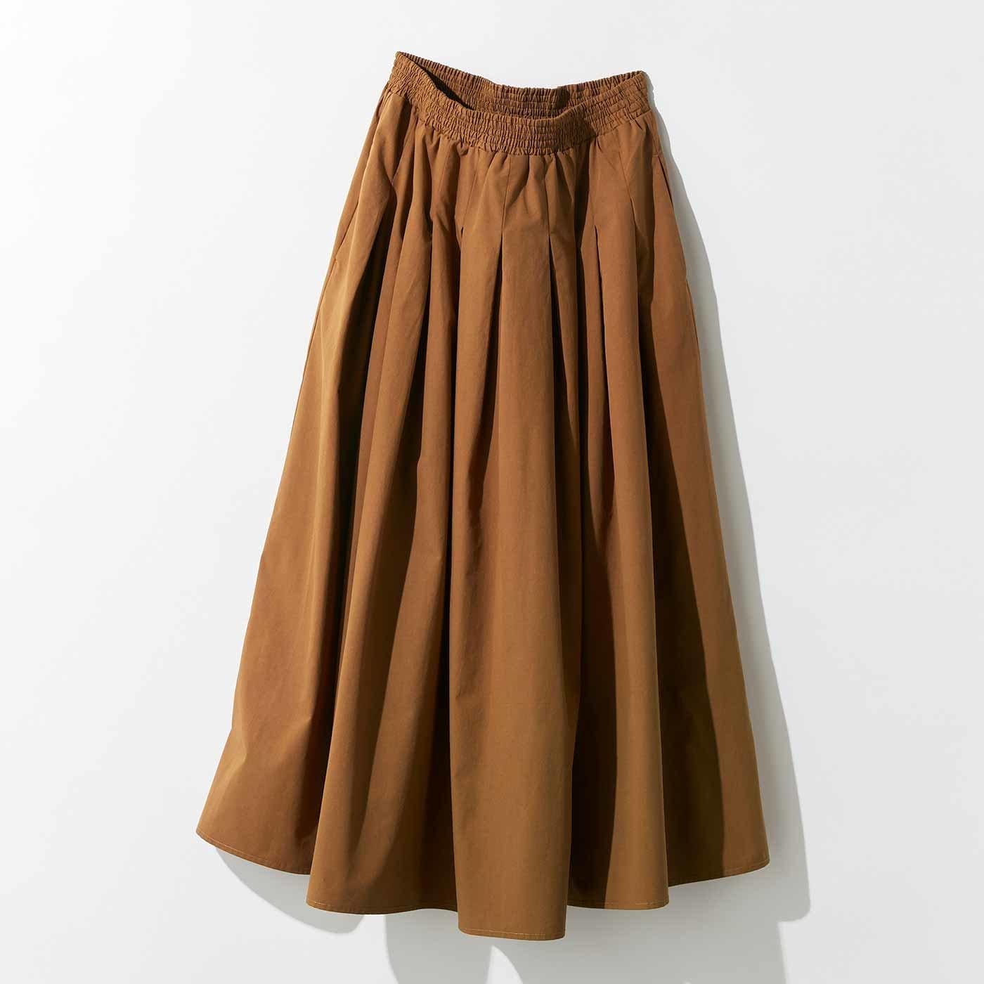 MEDE19F タックギャザーロングスカート〈キャメルブラウン〉