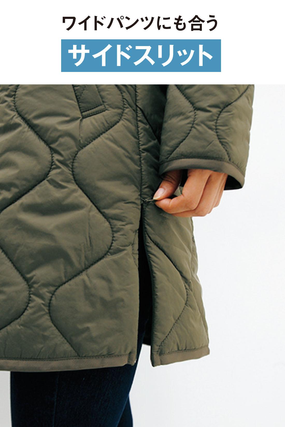 合わせるコートやスタイリングに応じて、素早く開閉できるサイドファスナー式のスリットデザイン。脚さばきよく、シルエットにもニュアンスが出るので、こなれて見えるポイントに。