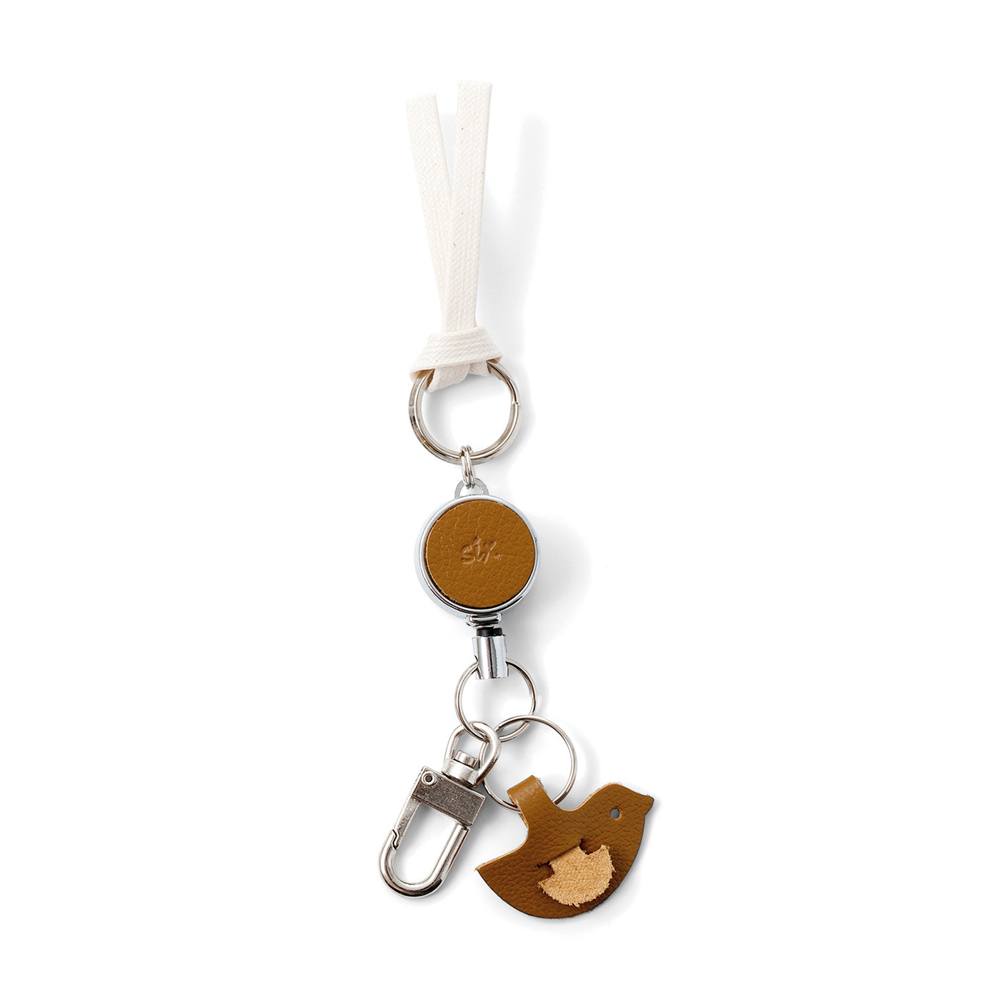シボ感のある牛革に、「12ヵ月の暮らしに彩りと便利を運んでくれますように」との思いを込めて、1~12のフランス語数字を刻印。