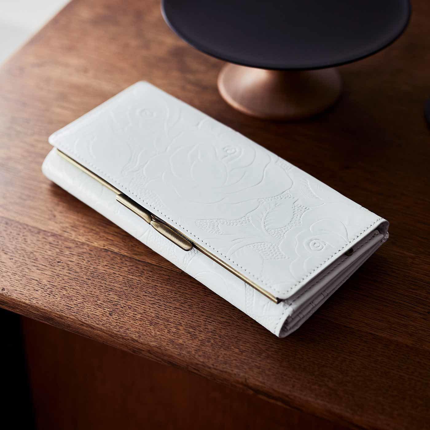 財布&革職人が叶えた 薔薇の刻印 長財布〈ホワイトローズ〉[本革 財布:日本製]