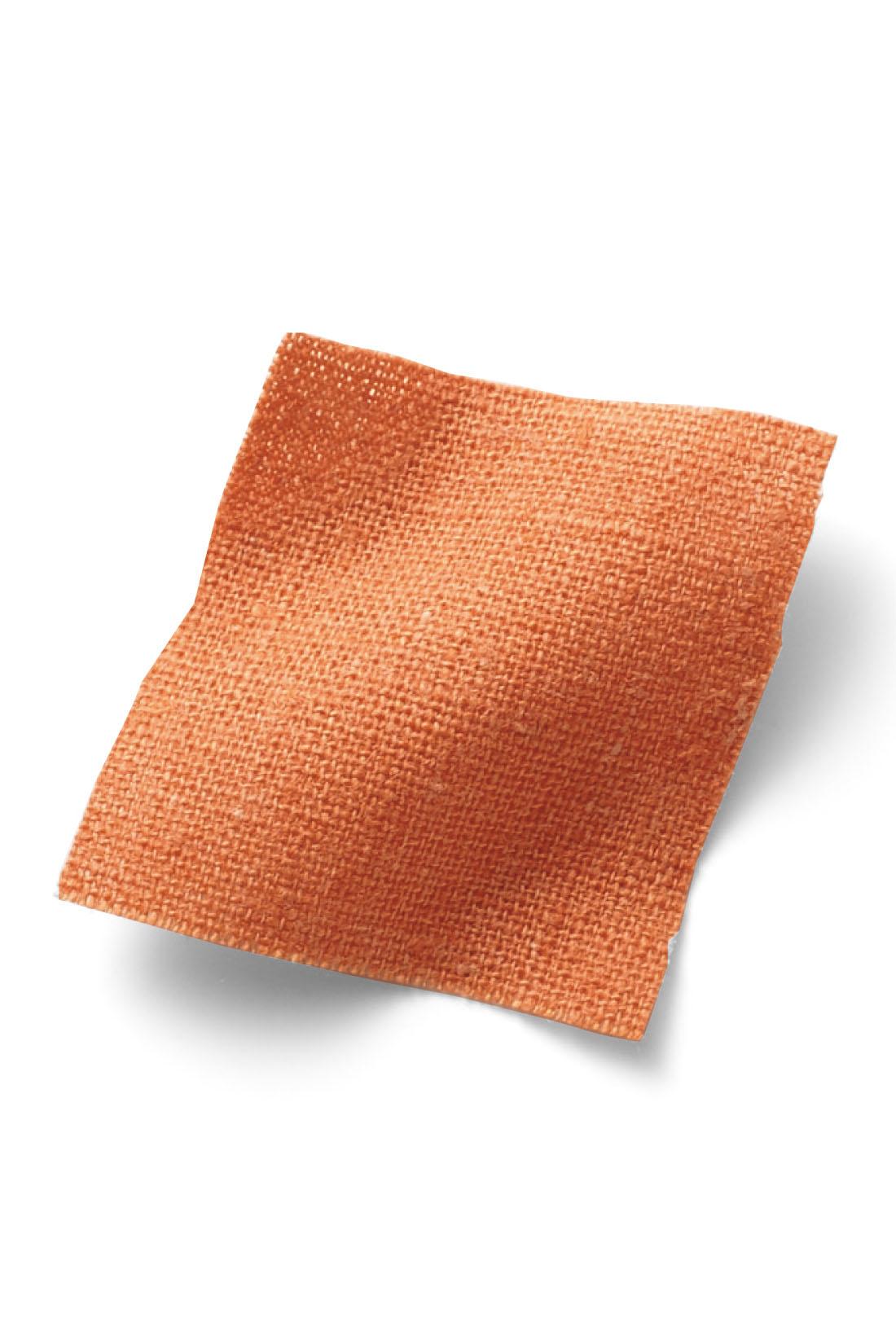 軽やかな綿麻素材。 ※お届けするカラーとは異なります。