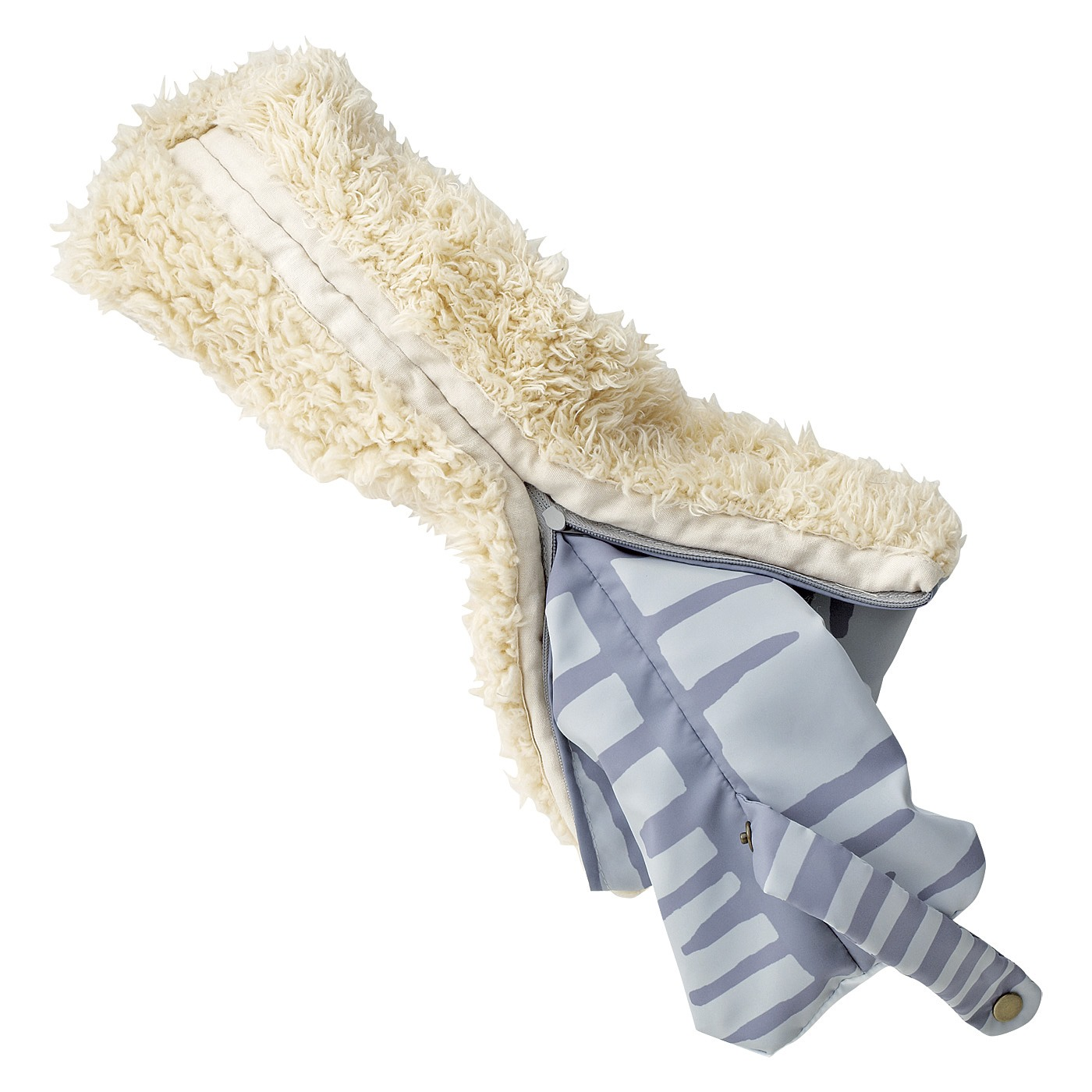 生地をひっくり返せるからぬれても乾かしやすい。