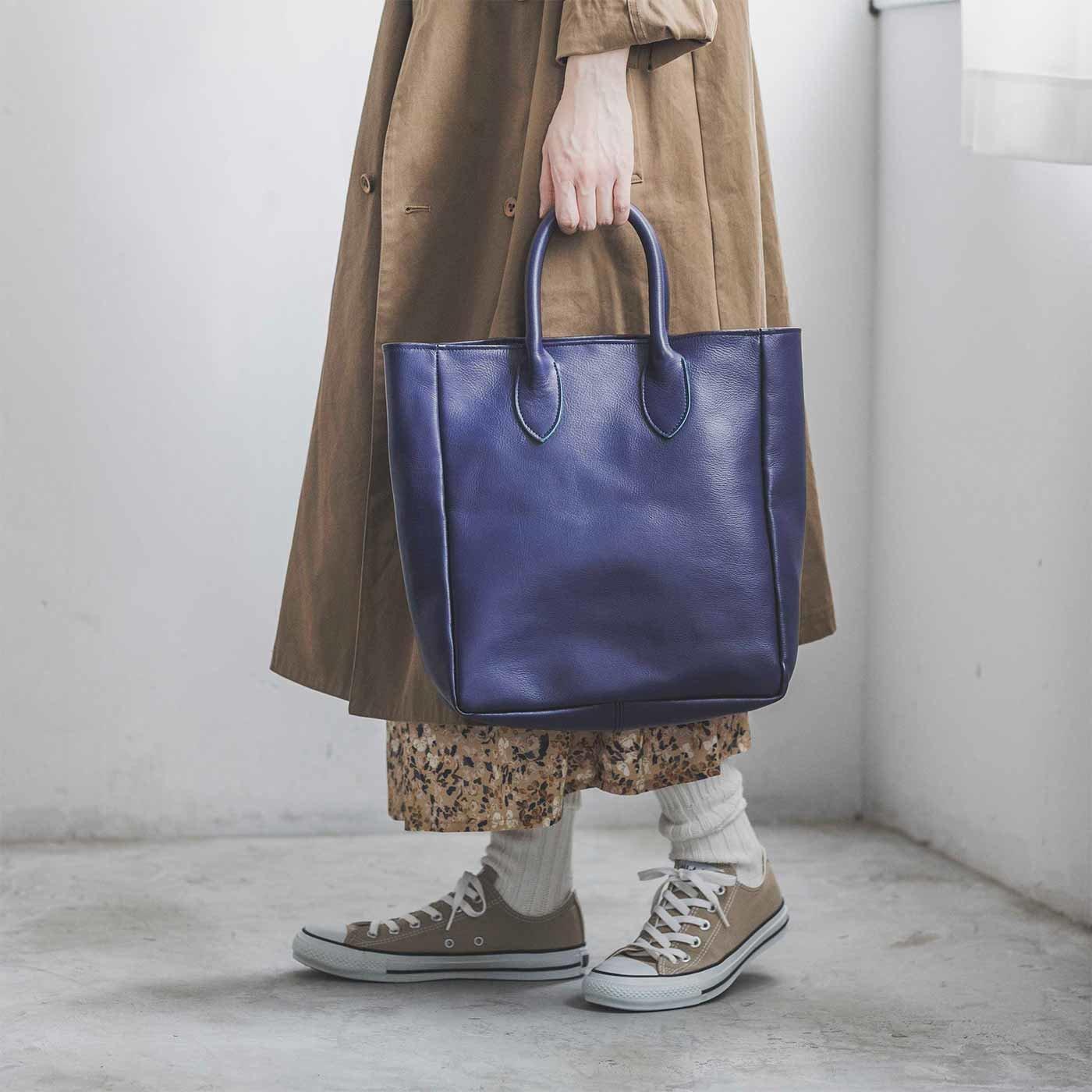 プランナーMOEが作った 職人本革のロイヤルティバッグ〈プルシアンブルー〉[本革 鞄:日本製]