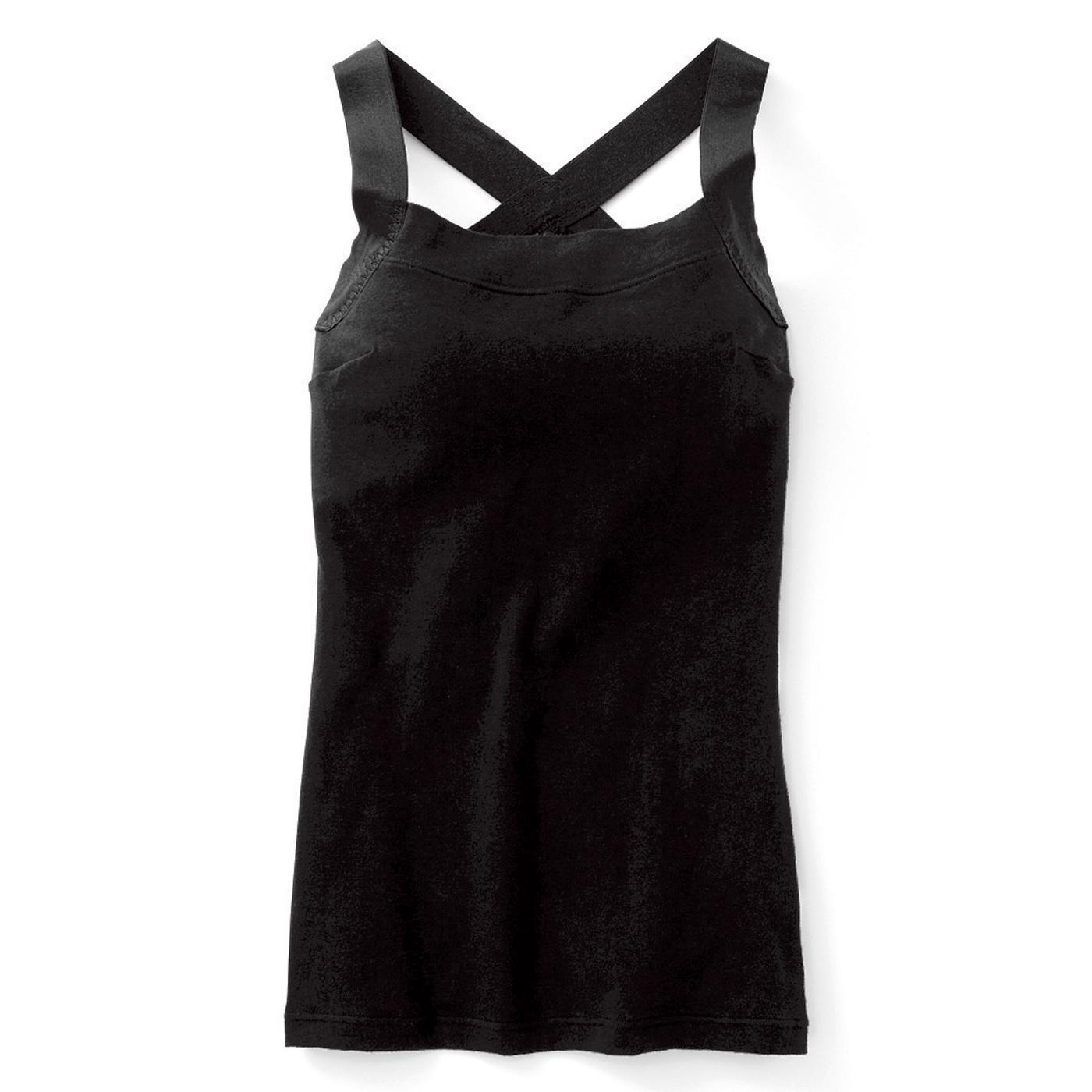 【正面】姿勢も胸も、より上向きに整えるこだわりのわきダーツ。