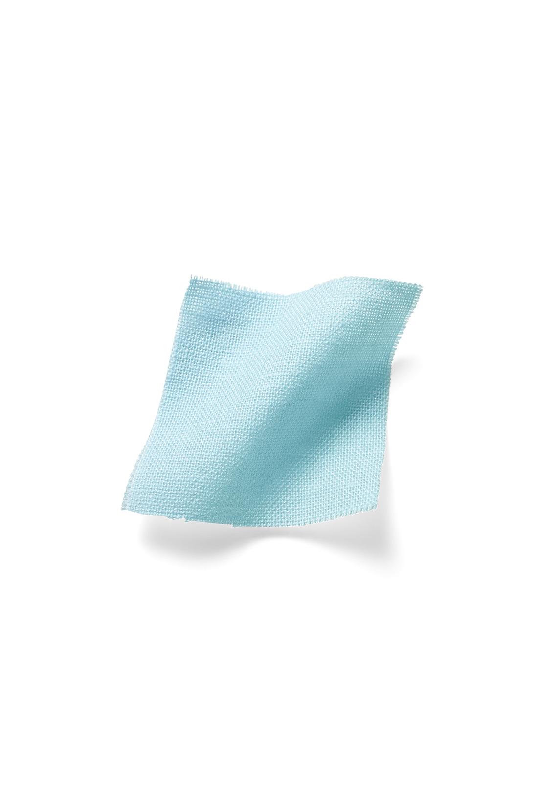 ほどよい厚みのコットンリネン素材に洗いをかけて風合いをアップ。 ※お届けするカラーとは異なります。
