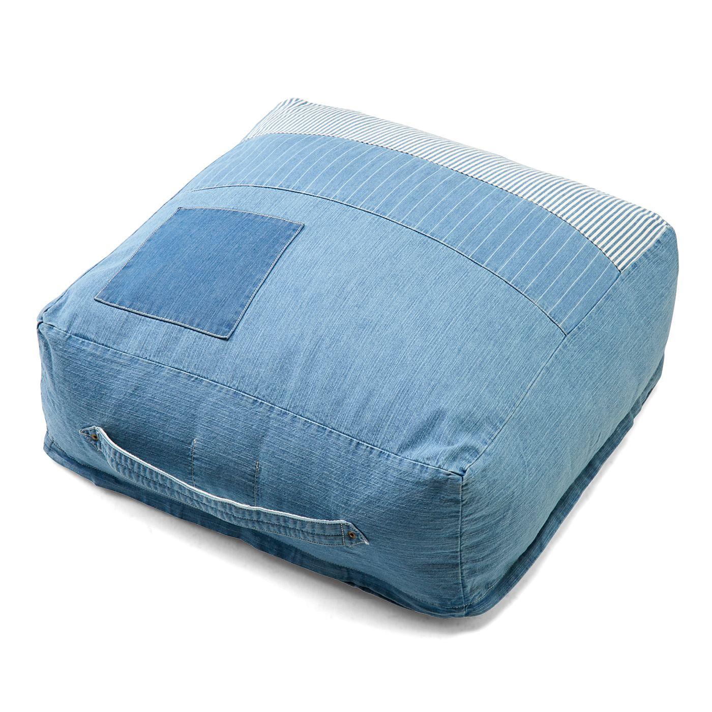 使わない掛け布団が簡易ベッドに。