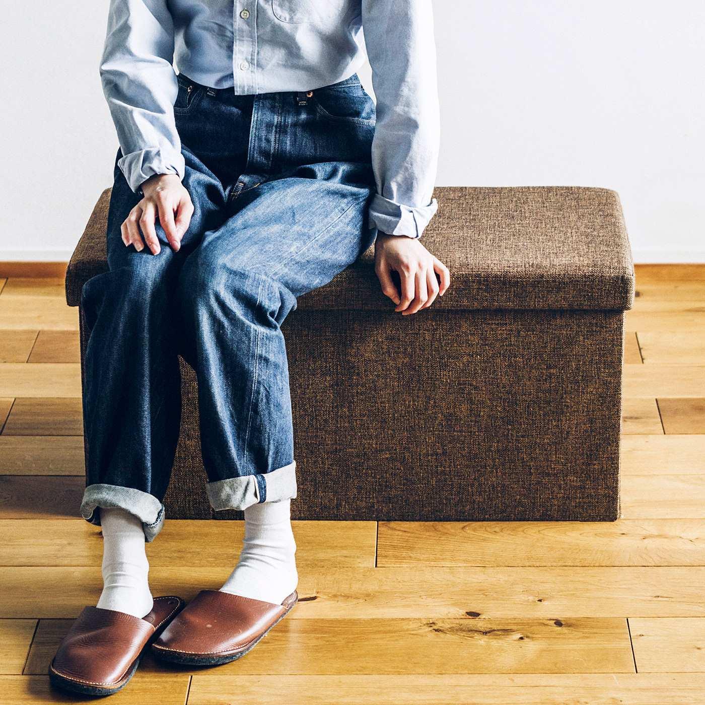 フェリシモ 収納して座れるロングスツールボックス〈ダークブラウン〉