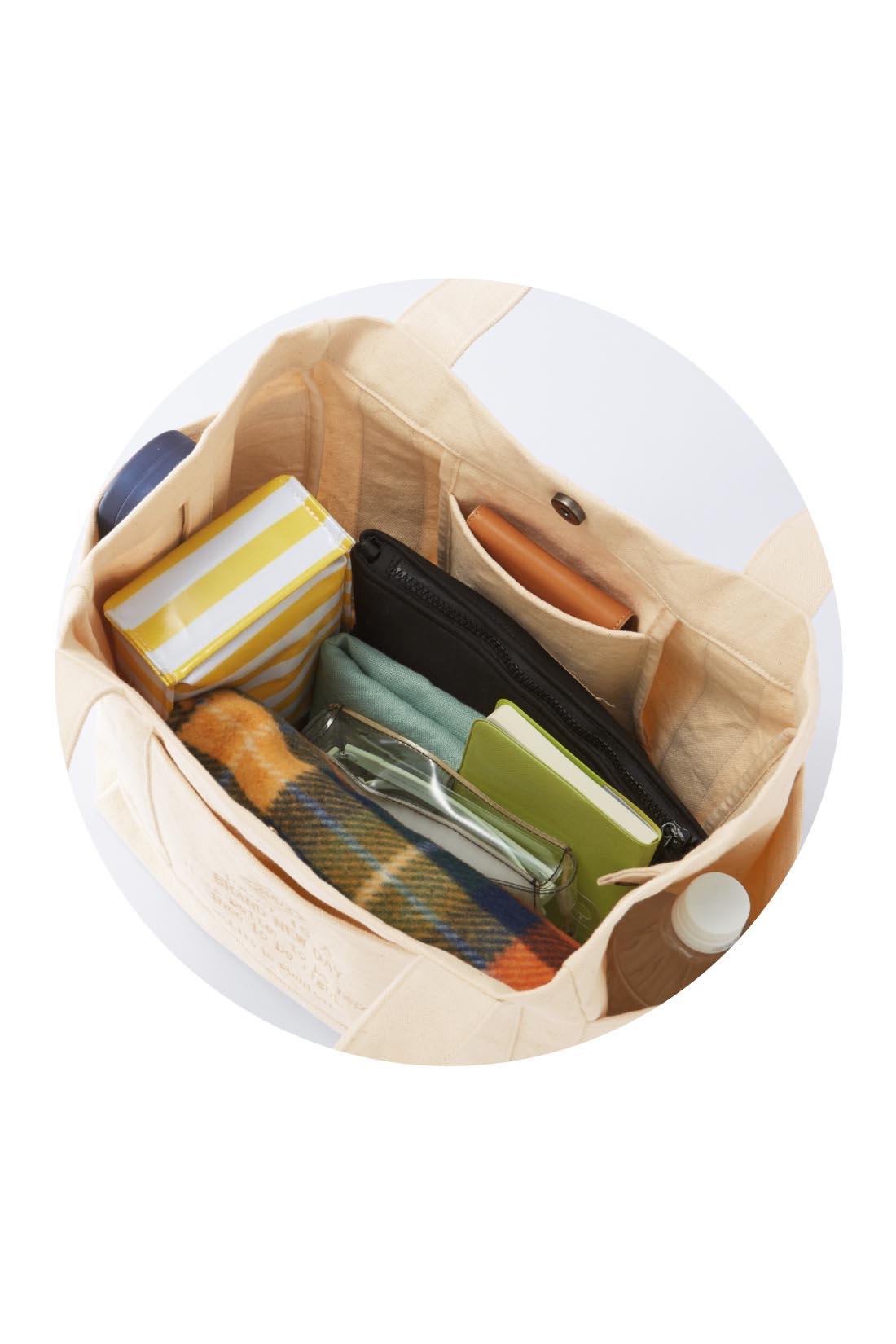 まちが広いからたくさんの荷物も余裕。 ※お届けするカラーとは異なります。