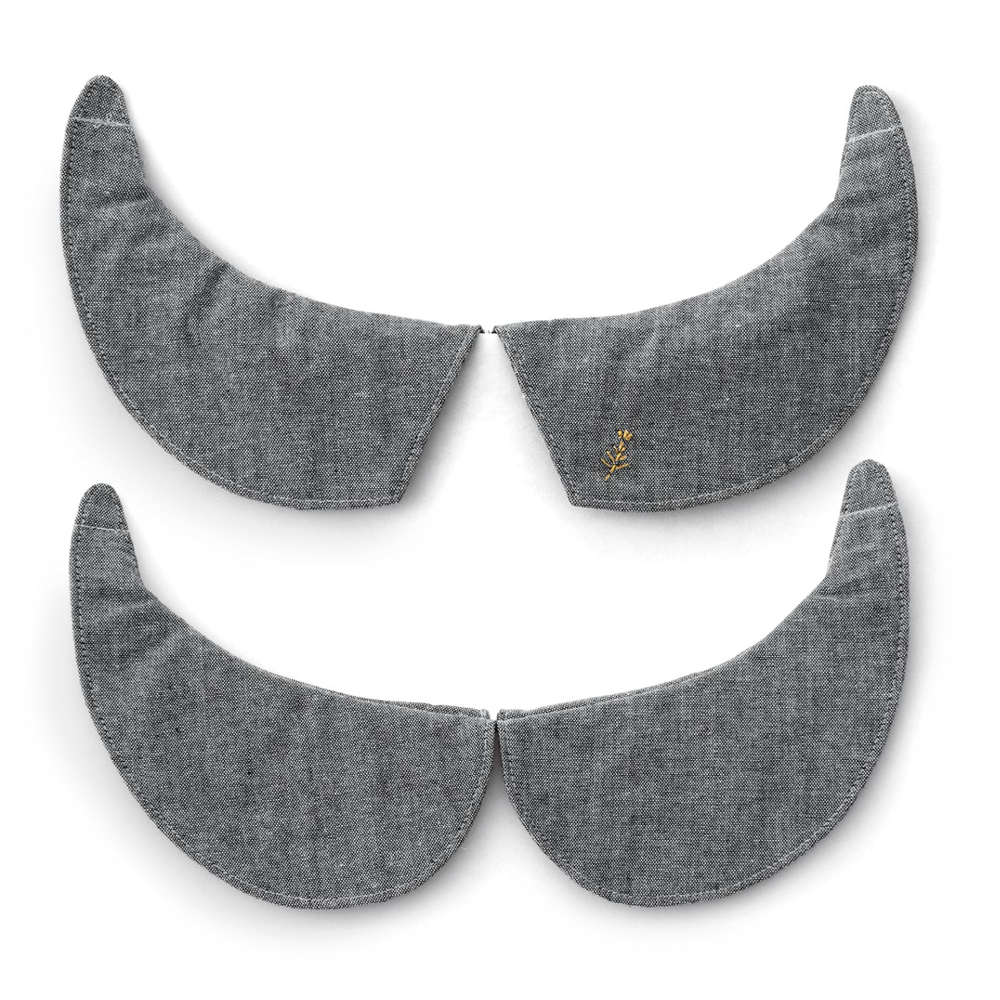 丸衿と角衿のリバーシブル。グレイ・ムギ