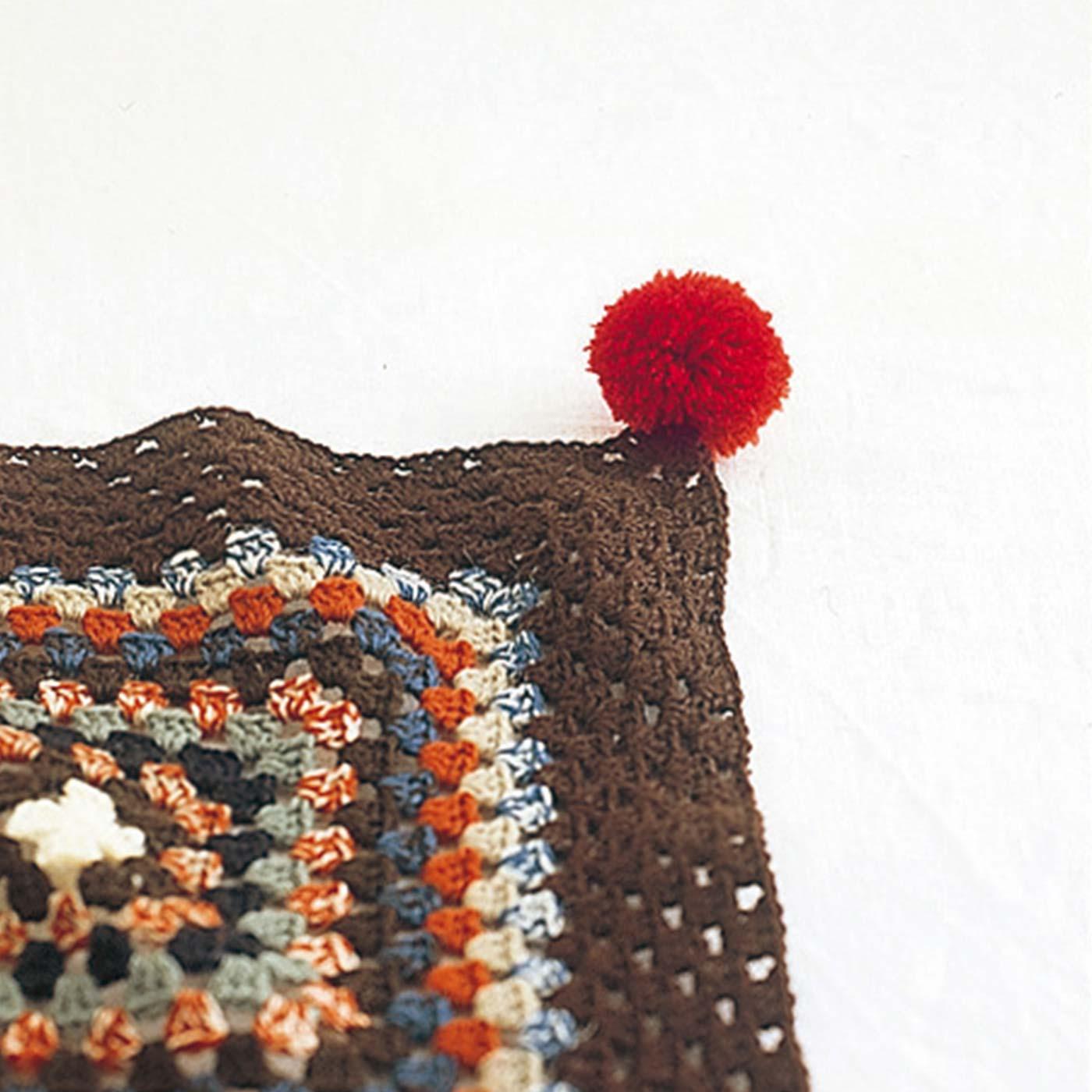 ポンポン用の毛糸もセット。