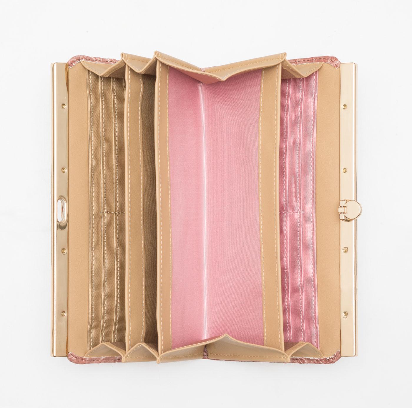 〈アンティークピンク〉内側 内生地は2色遣い。カードの種類や用途ごとに分けておくと便利。