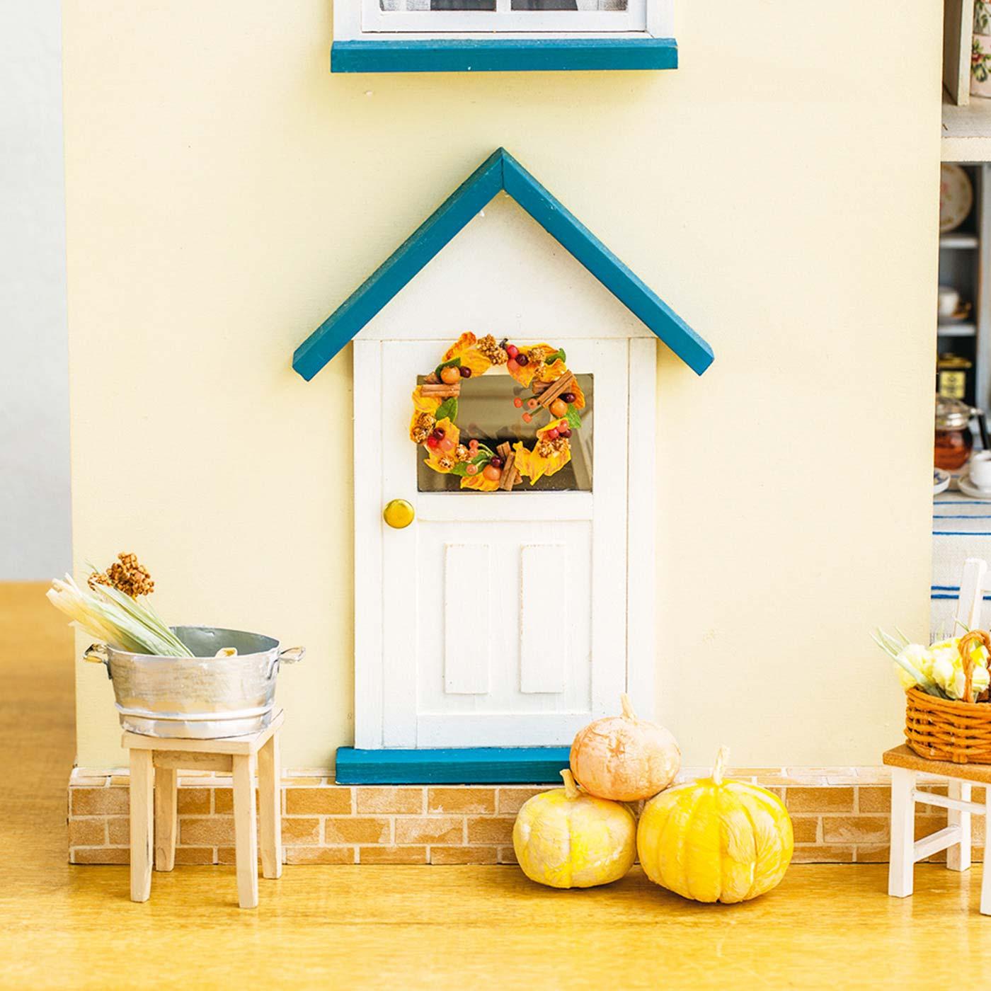 豊かな秋の実りを楽しくディスプレイ。リースも秋仕様に。