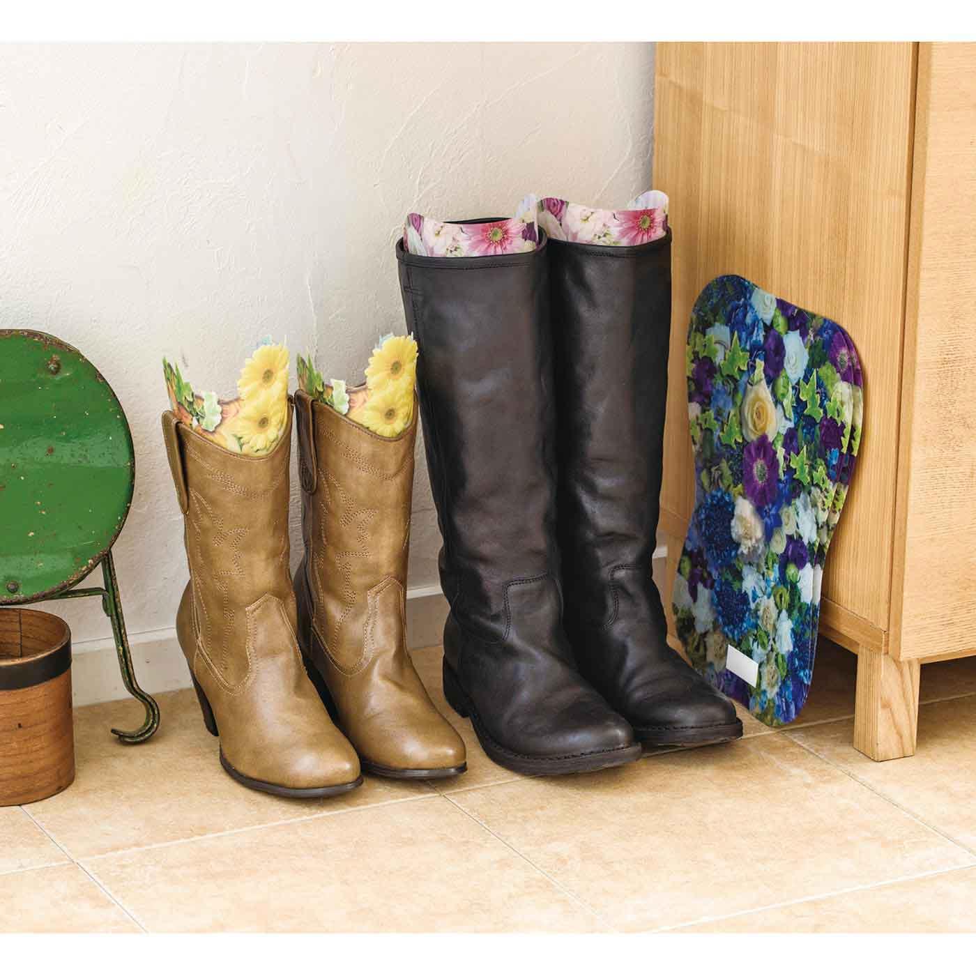 収納場所をとらない薄型シート。靴箱にしまえば靴箱のにおい対策にも。