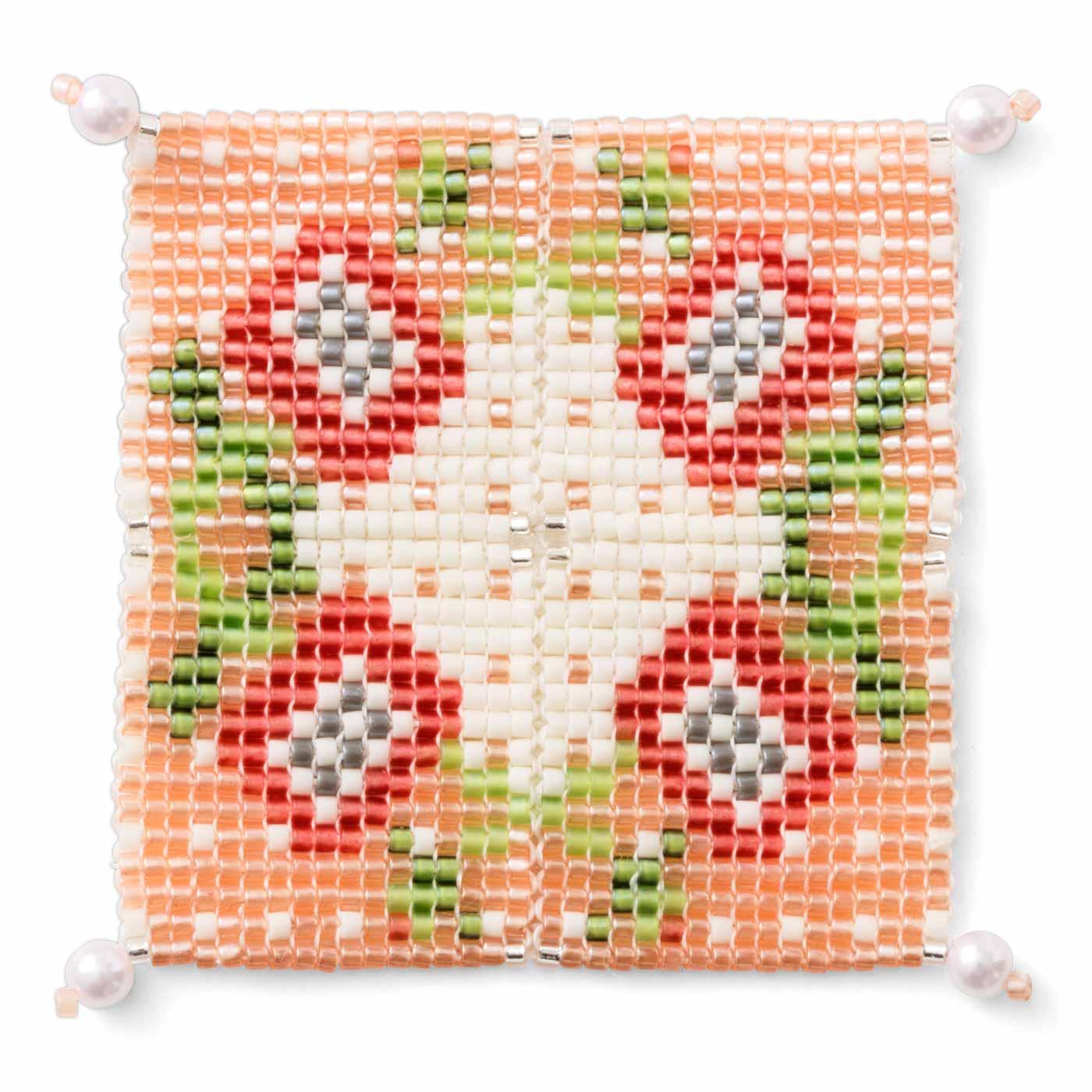 1セット分を繋げると、約5cm角のパターンができます。