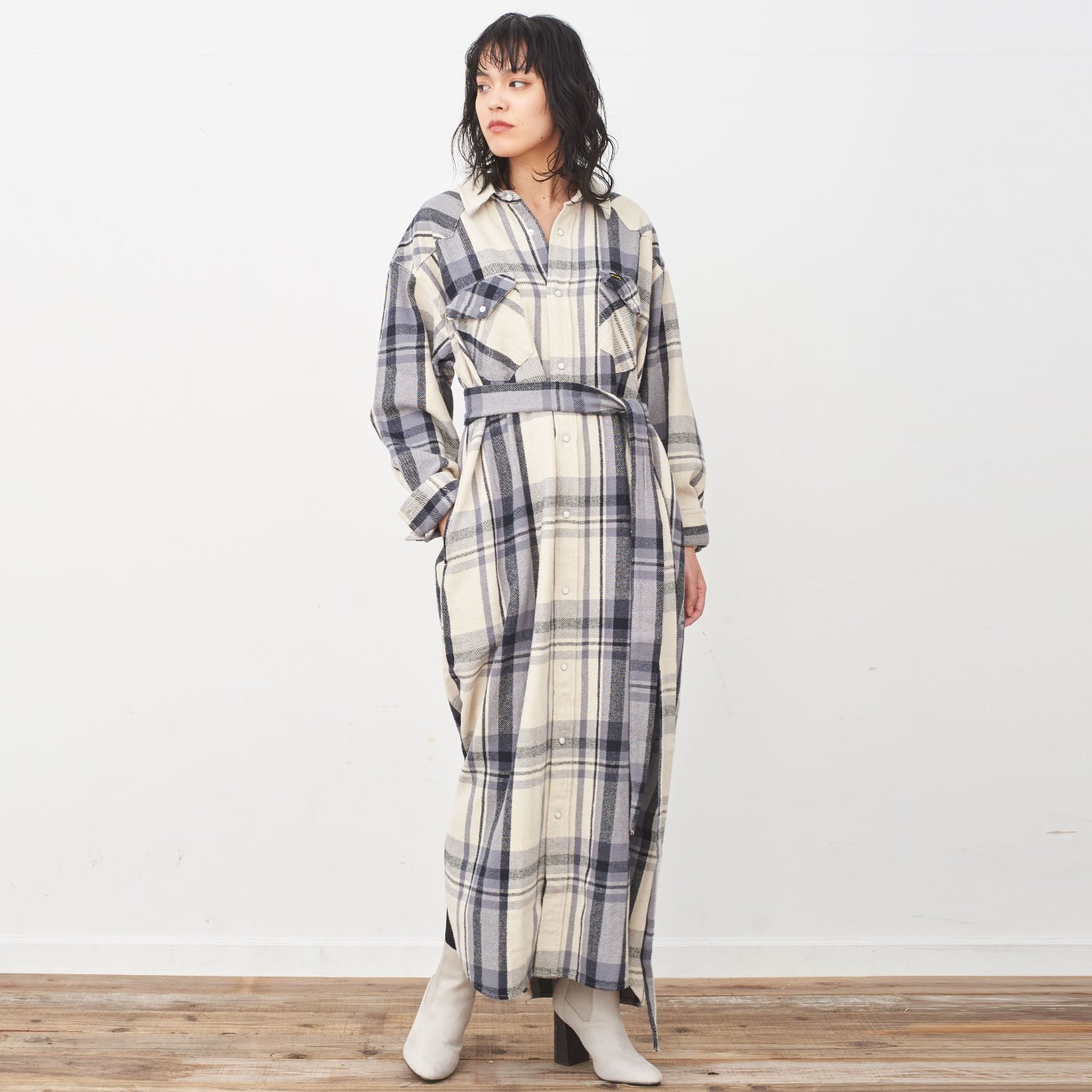 MEDE19F 〈SELECT〉 Wrangler SHIRT DRESS〈BLK〉