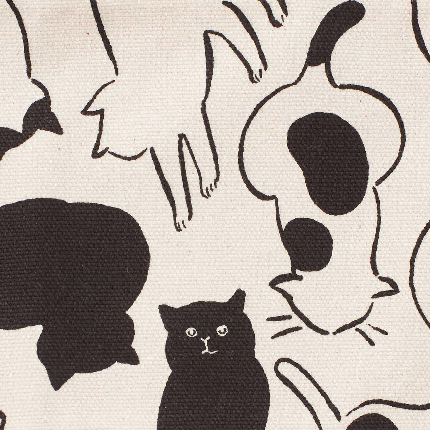 クリエイティブガールズの山中玲奈さんが描きおろしてくださったかわいい子猫柄。