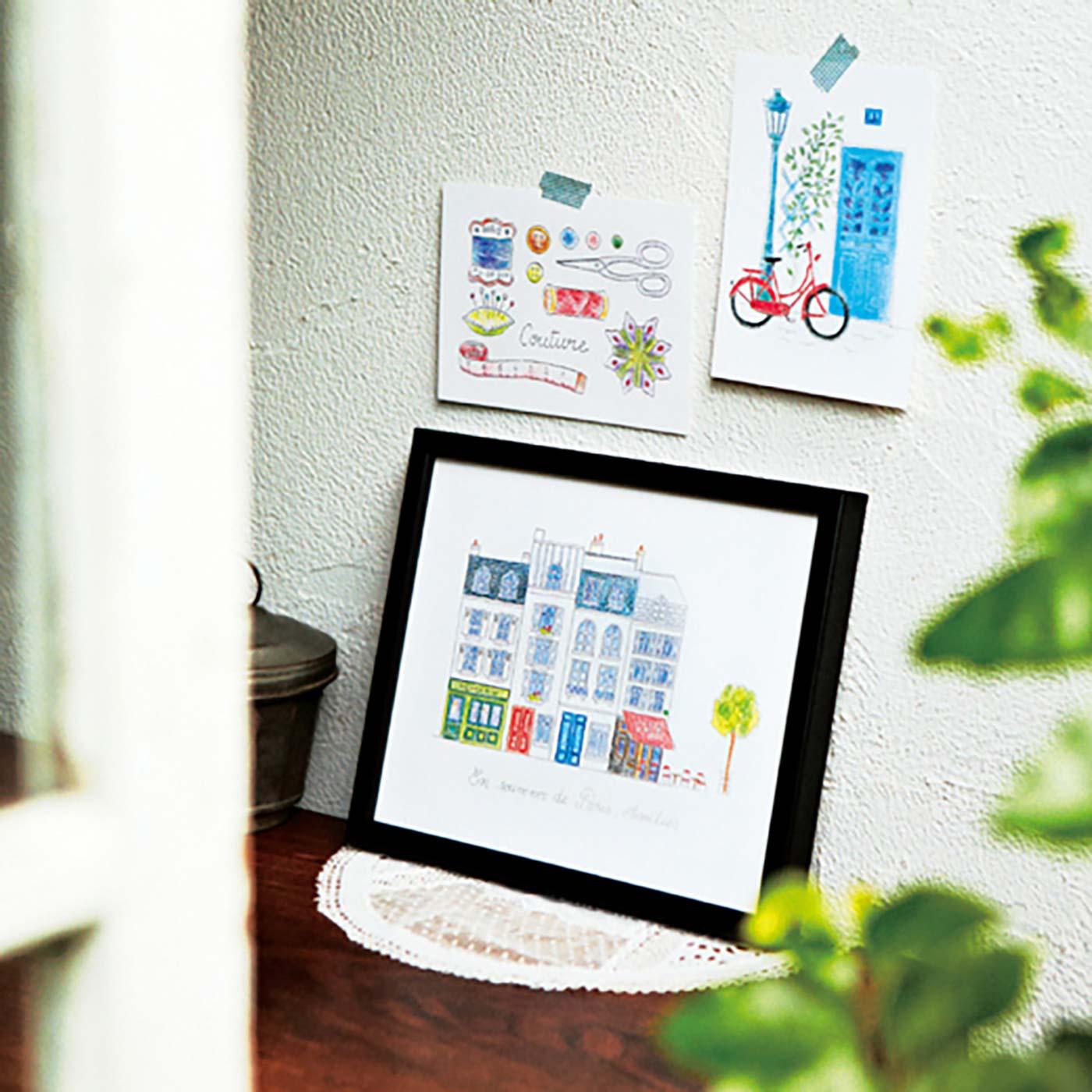 壁やコーナーに作品を飾ってミニギャラリーに風に。