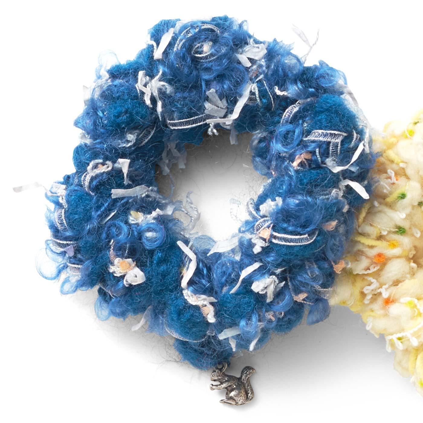 紺瑠璃(こんるり)のヤグルマギク
