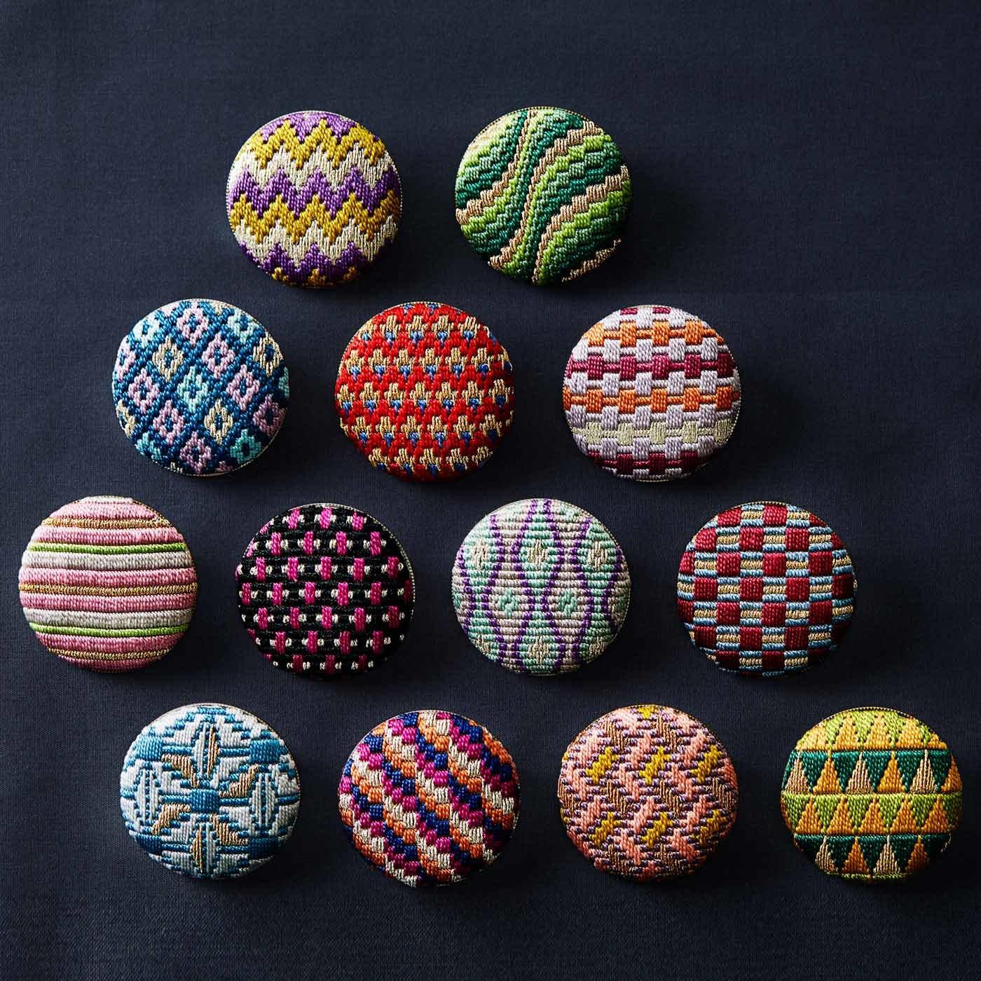 【クチュリエクラブ会員限定】絹糸の光沢が美しい 日本の伝統刺しゅう 絽(ろ)刺しのブローチの会