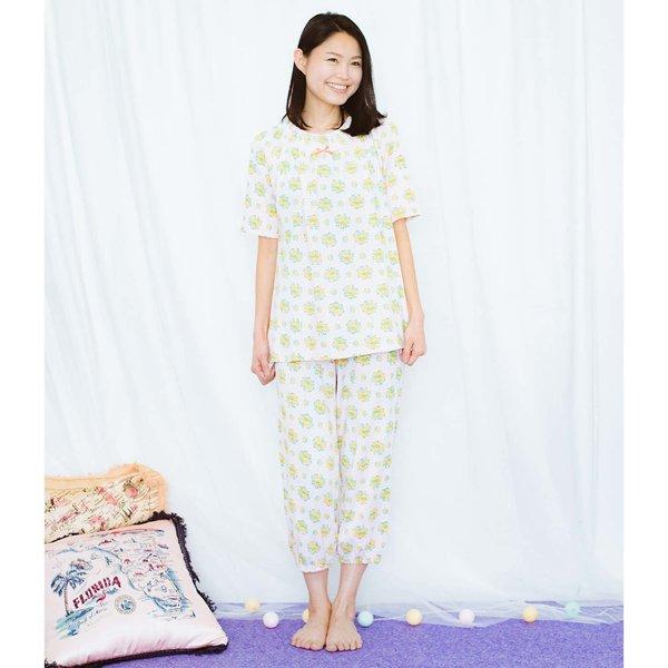 キッズx猫部 お花柄の中に猫がひそむパジャマ〈レディース〉の会