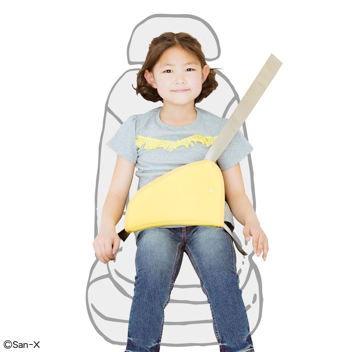 パッドだけでもシートベルトに通して使用できます。
