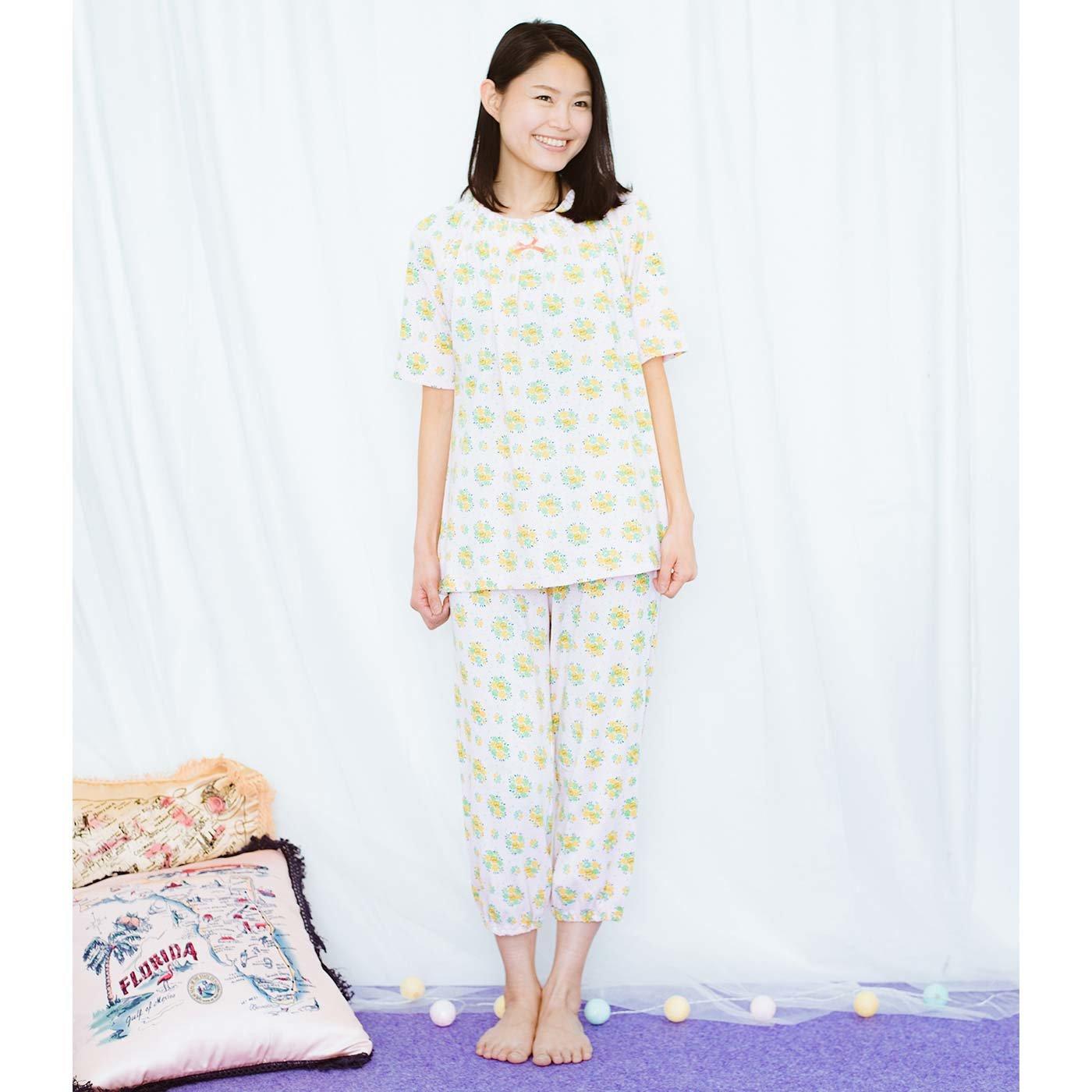 フェリシモキッズ×猫部 お花柄の中に猫がひそむパジャマ〈レディース〉の会