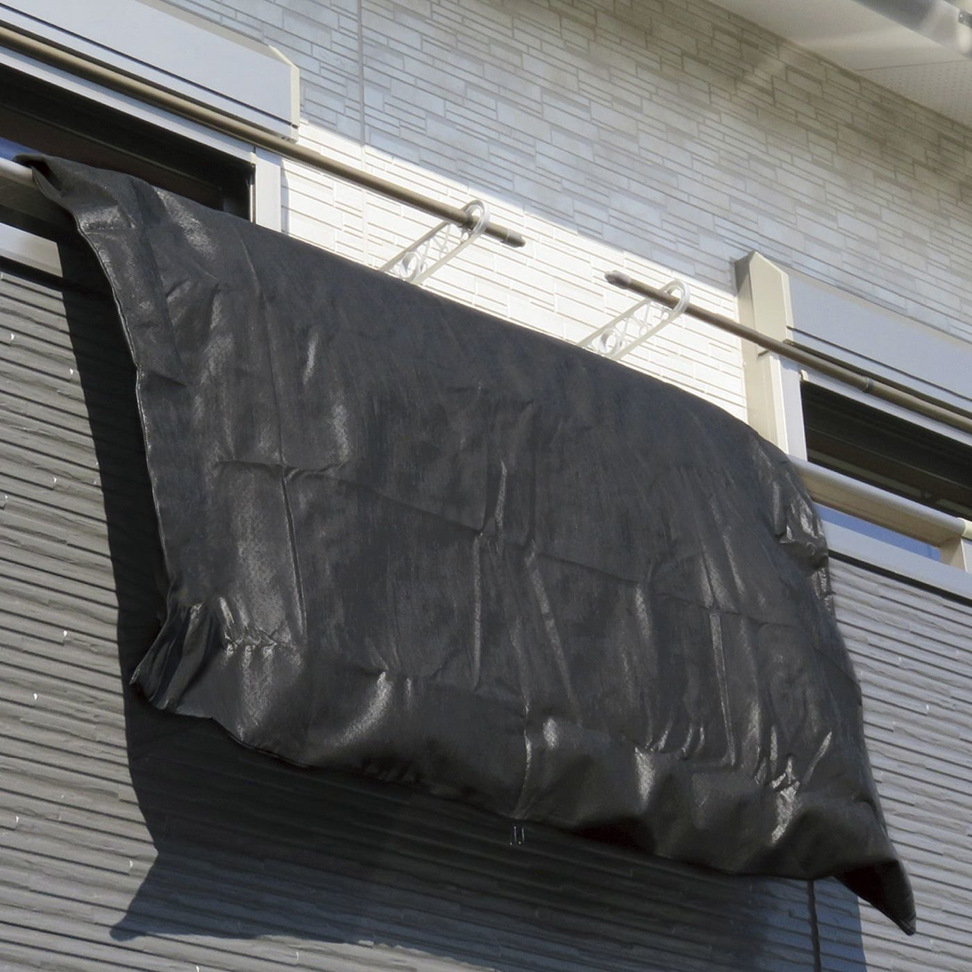 花粉やほこりを防ぐ 出し入れ簡単な布団干し袋