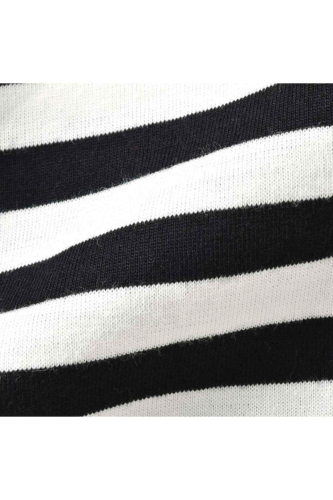しっかり目の詰まった肌ざわりも快適な綿100%のカットソー。