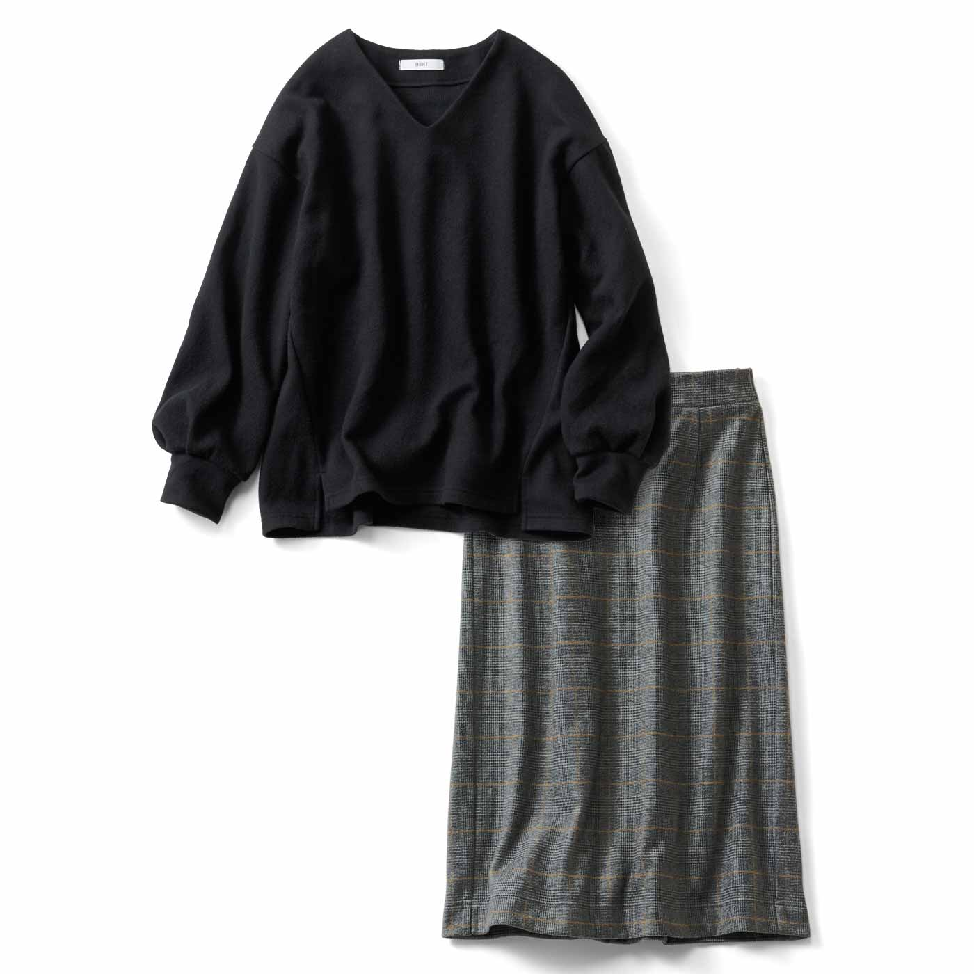 IEDIT[イディット] 暖か着映えコーデが完成する 起毛カットソーの上品セットアップ〈ブラック〉