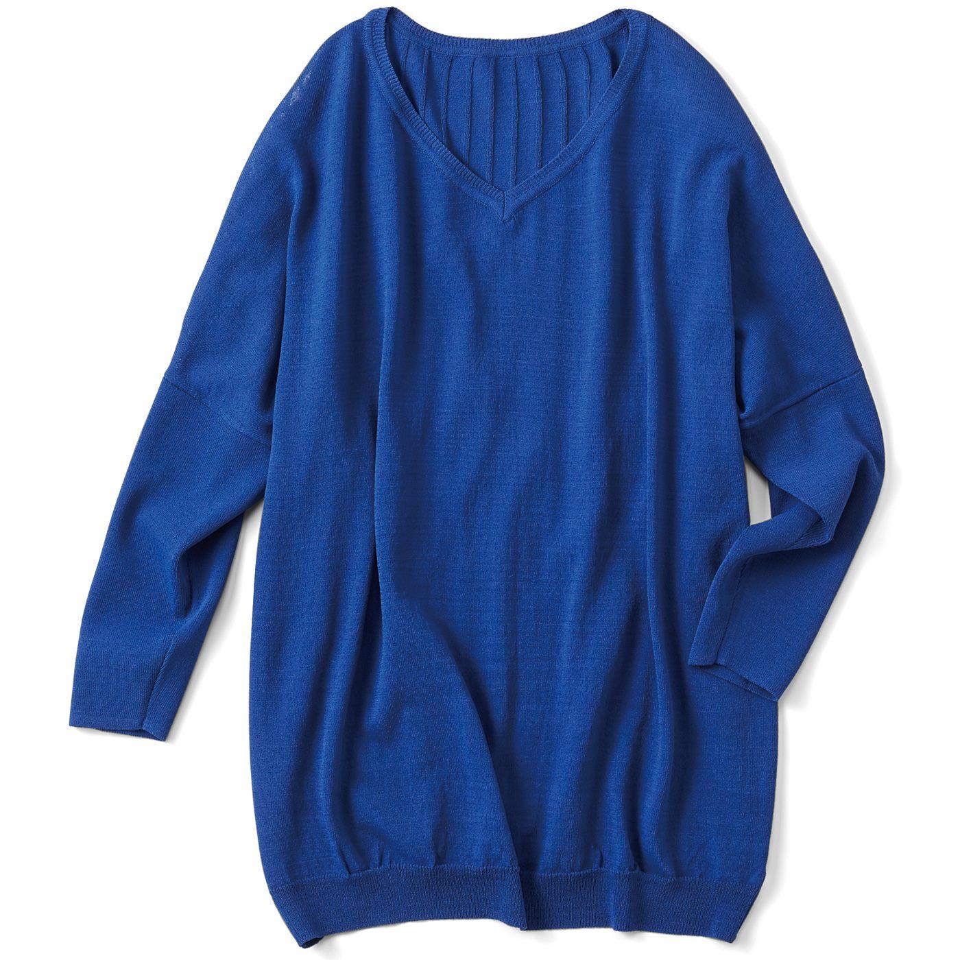 フェリシモ リブ イン コンフォート Tシャツ感覚で着られてきれい見えする さらシャリニットトップス〈ロイヤルブルー〉