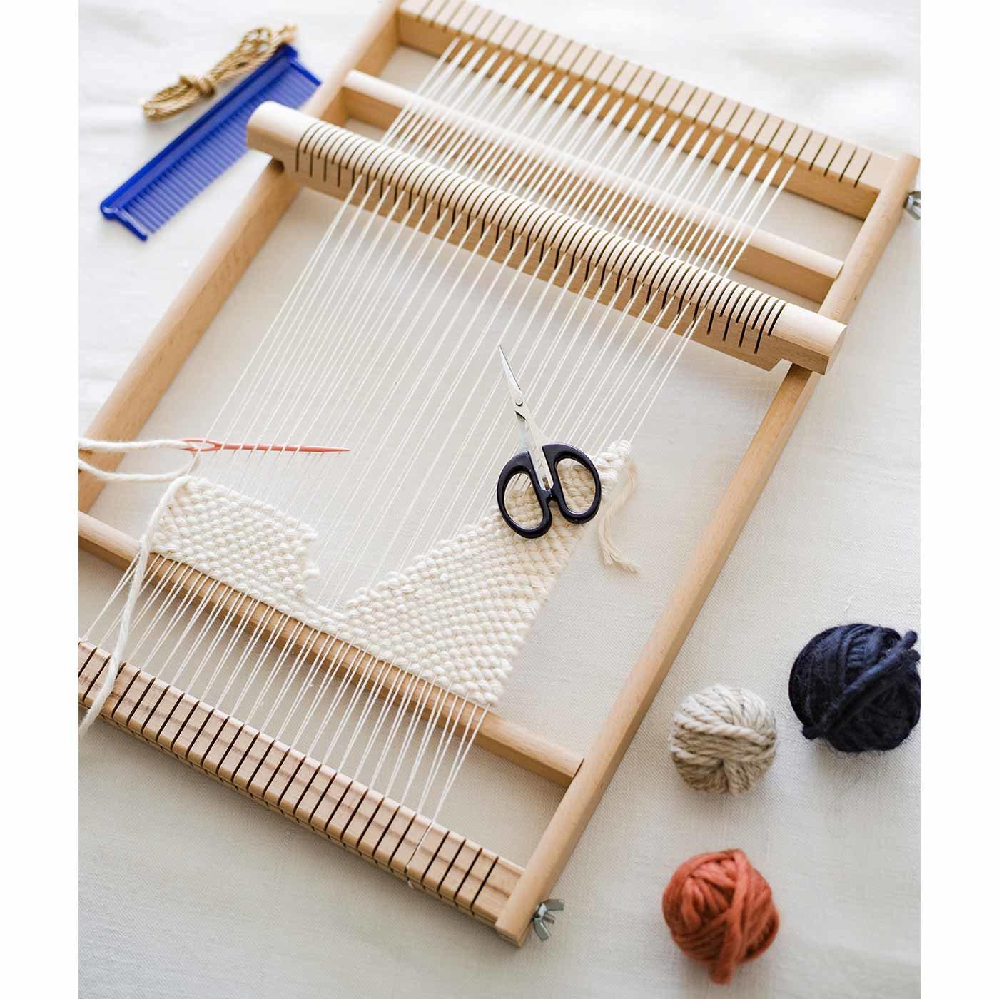 置いてるだけでインテリアになる ドイツの木製織り機&ひも用はさみのセット