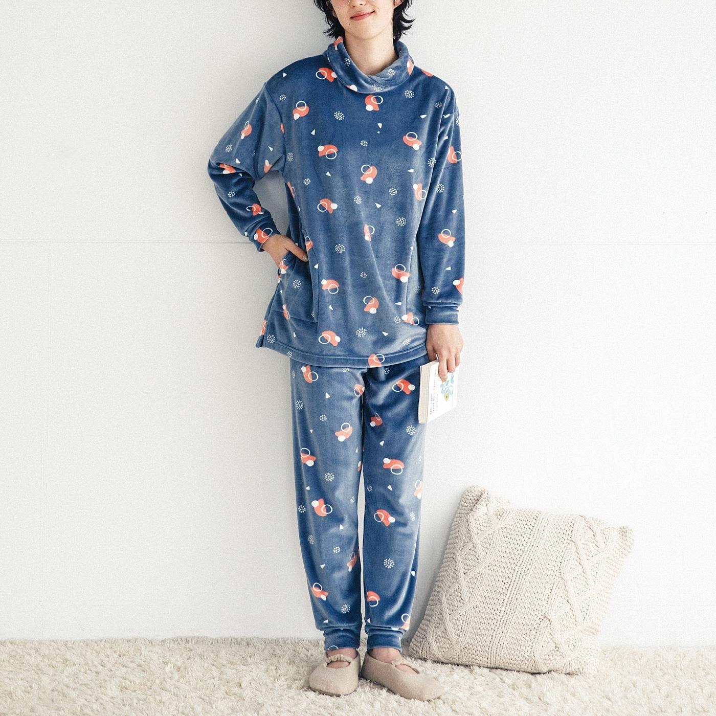 眠りの秘訣を詰め込んだ ぐーんと伸びるとろりん素材の7つ星パジャマの会