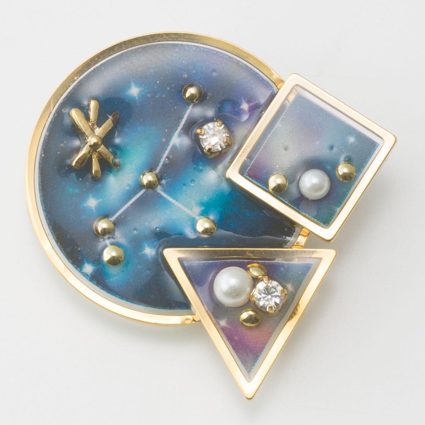 宇宙の星屑〈ブローチ〉