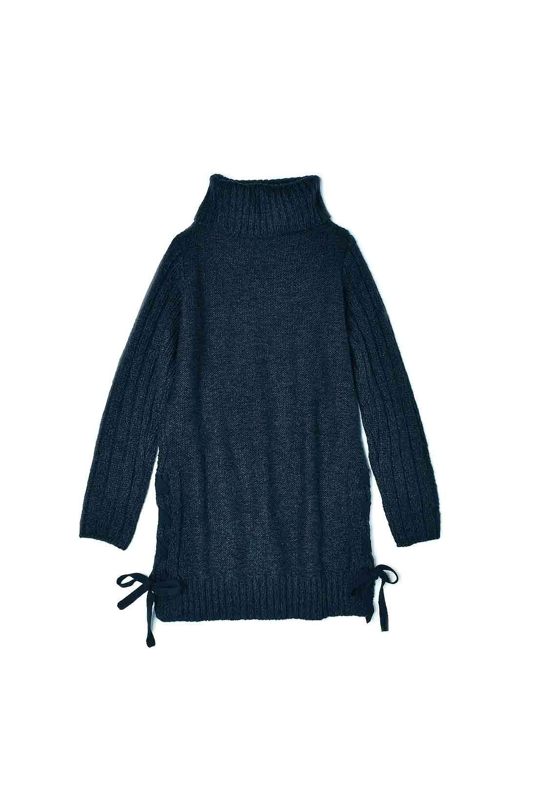 BACK バックスタイルは編み地なしですっきり。