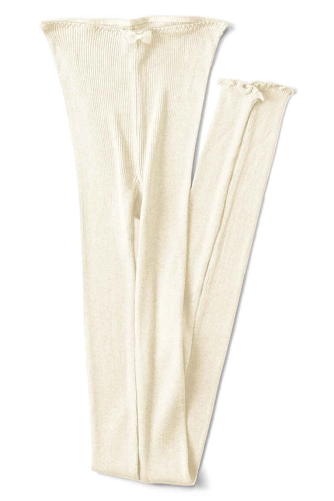 【バニラ】 はくとすそのメローミシンがふりふりかわいい。たっぷりシルク混に包まれるなんて! 夢のよう♪