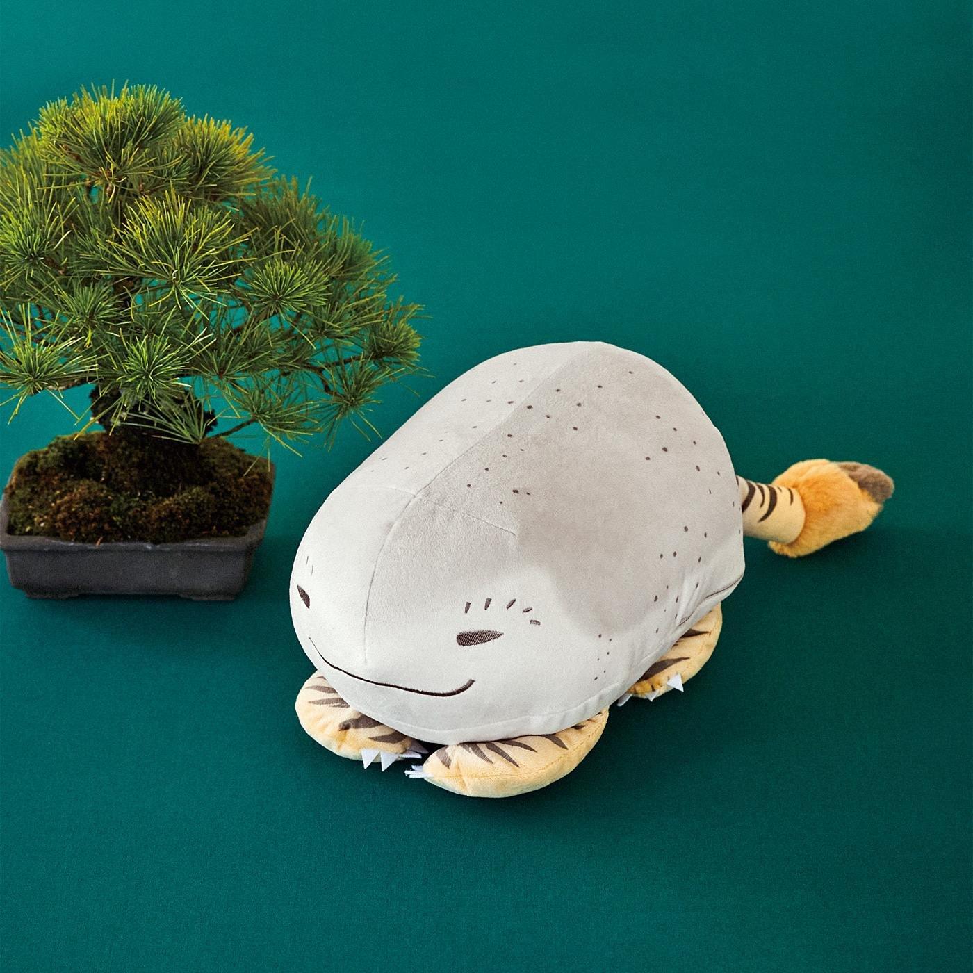 太田記念美術館×フェリシモミュージアム部 絵師のユーモアが生んだ珍獣 虎子石(とらこいし)おすわりクッション