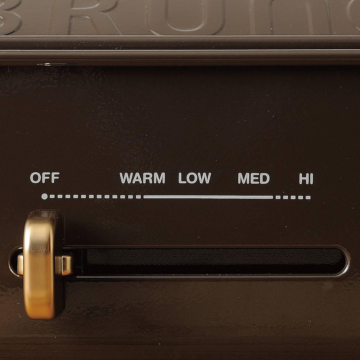 最大250℃のハイパワー調理が可能。お肉もジューシーに焼ける満足な火力です。 ※お届けするカラーとは異なります。