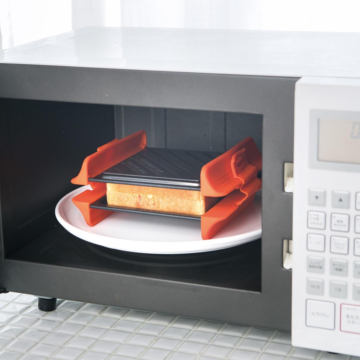 How to use : 2.電子レンジ(600W)で片面約3分ずつ、両面を加熱します。