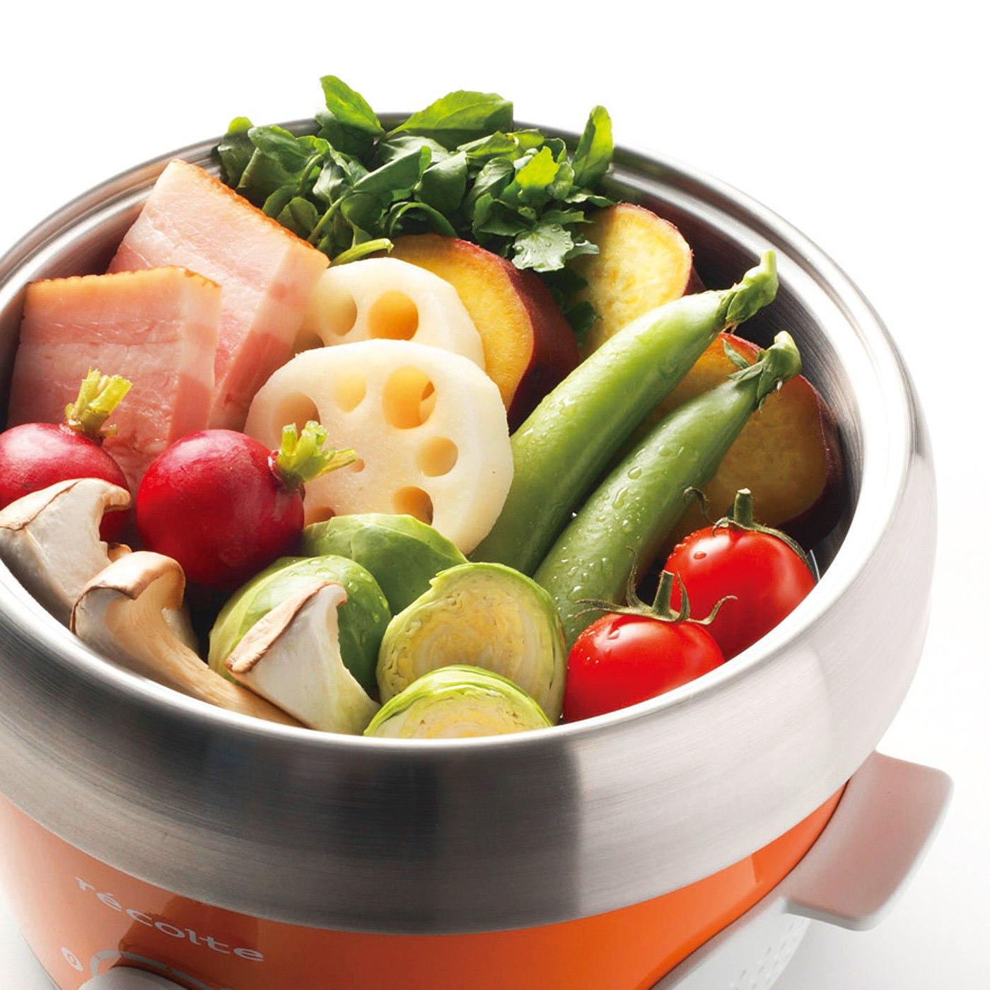野菜を蒸してバーニャカウダに。 ※お届けするカラーとは異なります。
