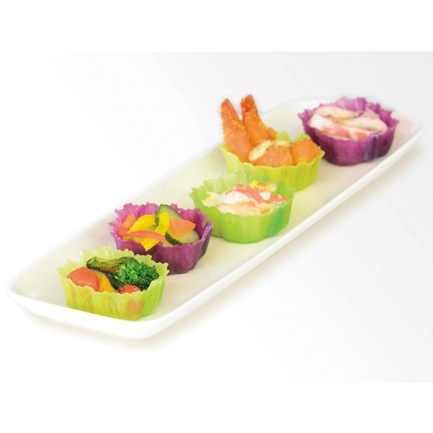 レタスを連想させる形状と鮮やかでリアルな色彩は、食材をより引き立てます。