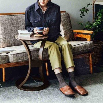 アンティークな佇まい ソファに差し込んでも使える ラウンドカフェテーブル〈ユーズドセピアブラウン〉 フェリシモ FELISSIMO【送料無料】