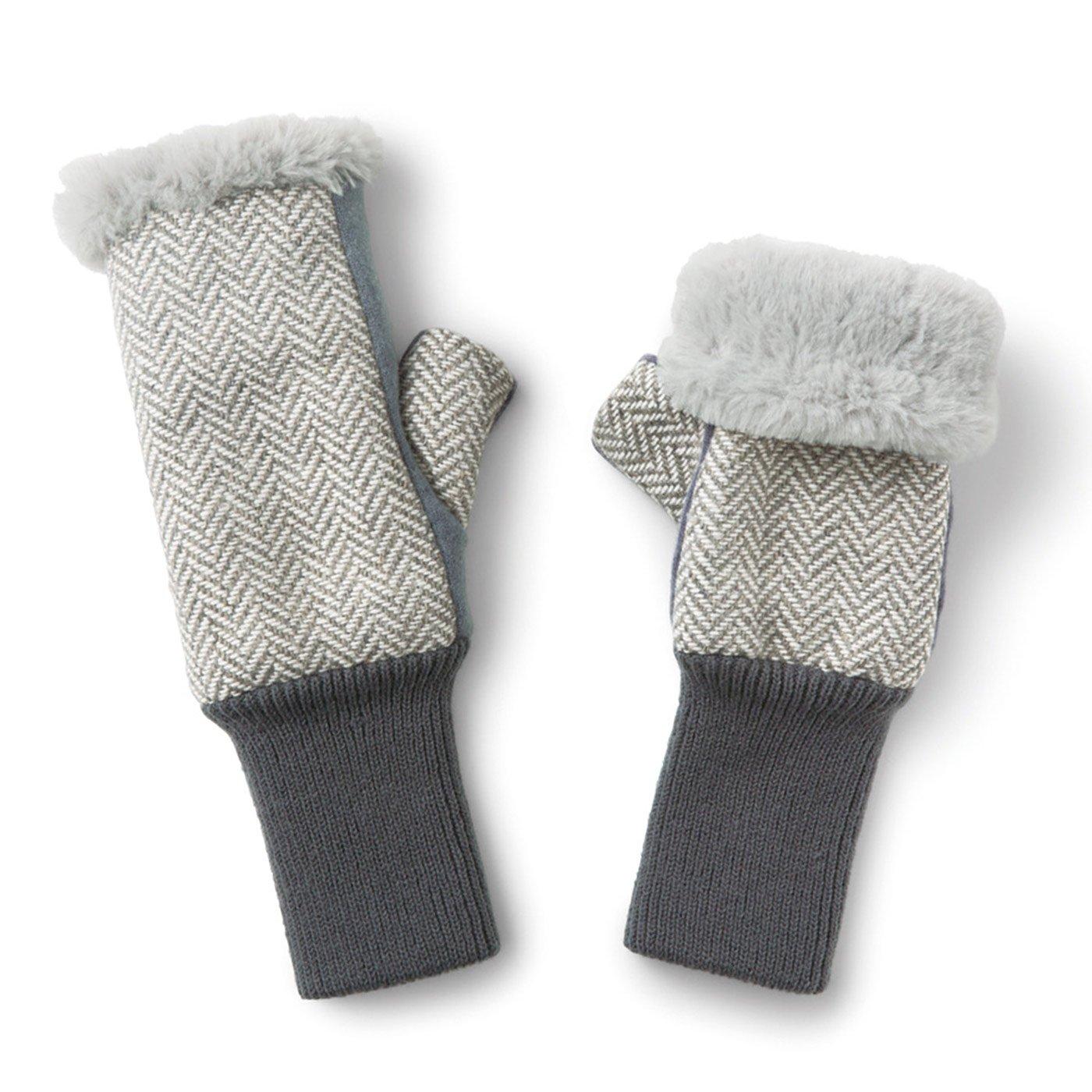 伸ばして指先までカバー! ファーとフリースが包み込む 暖かアームウォーマー