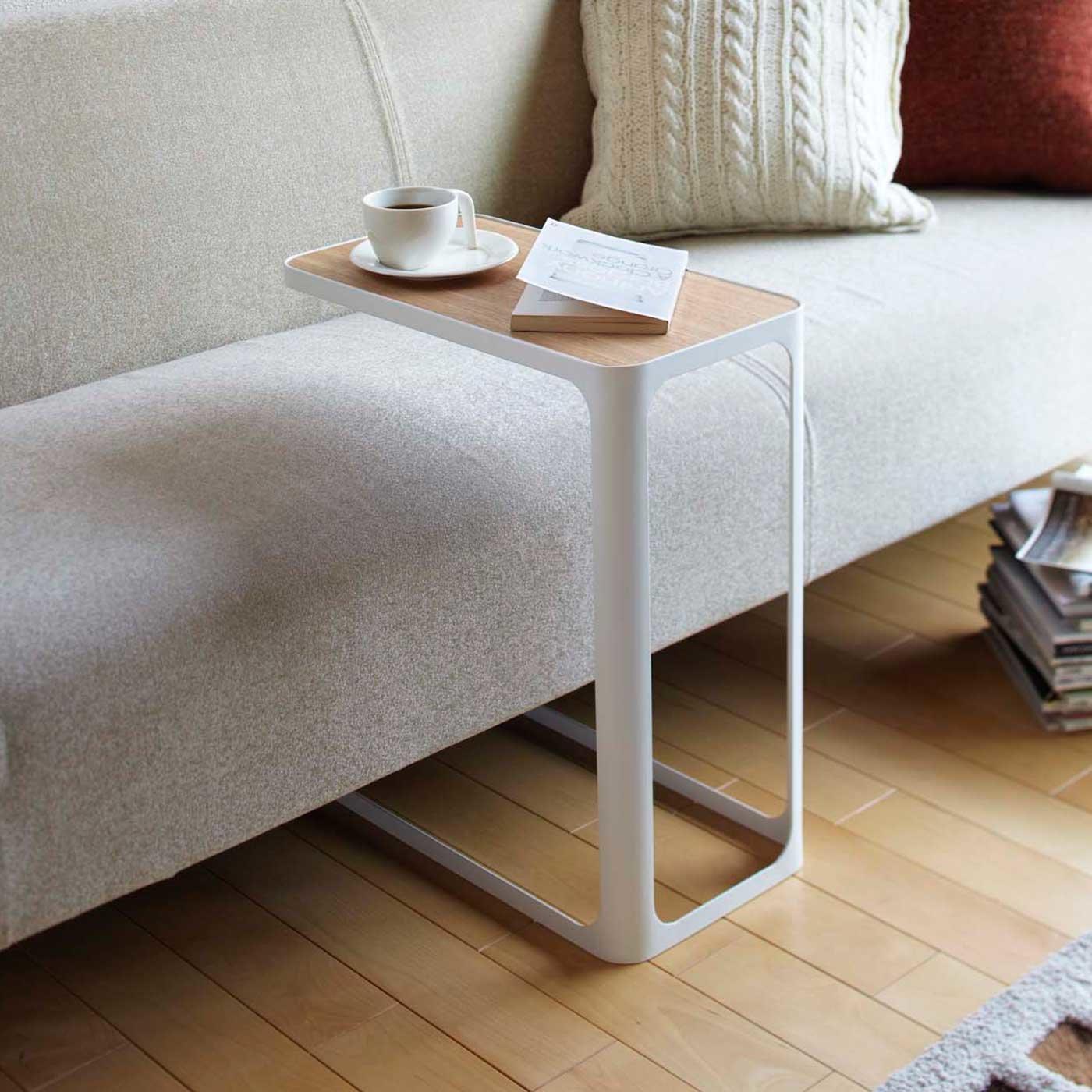 コの字型スチールサイドテーブル
