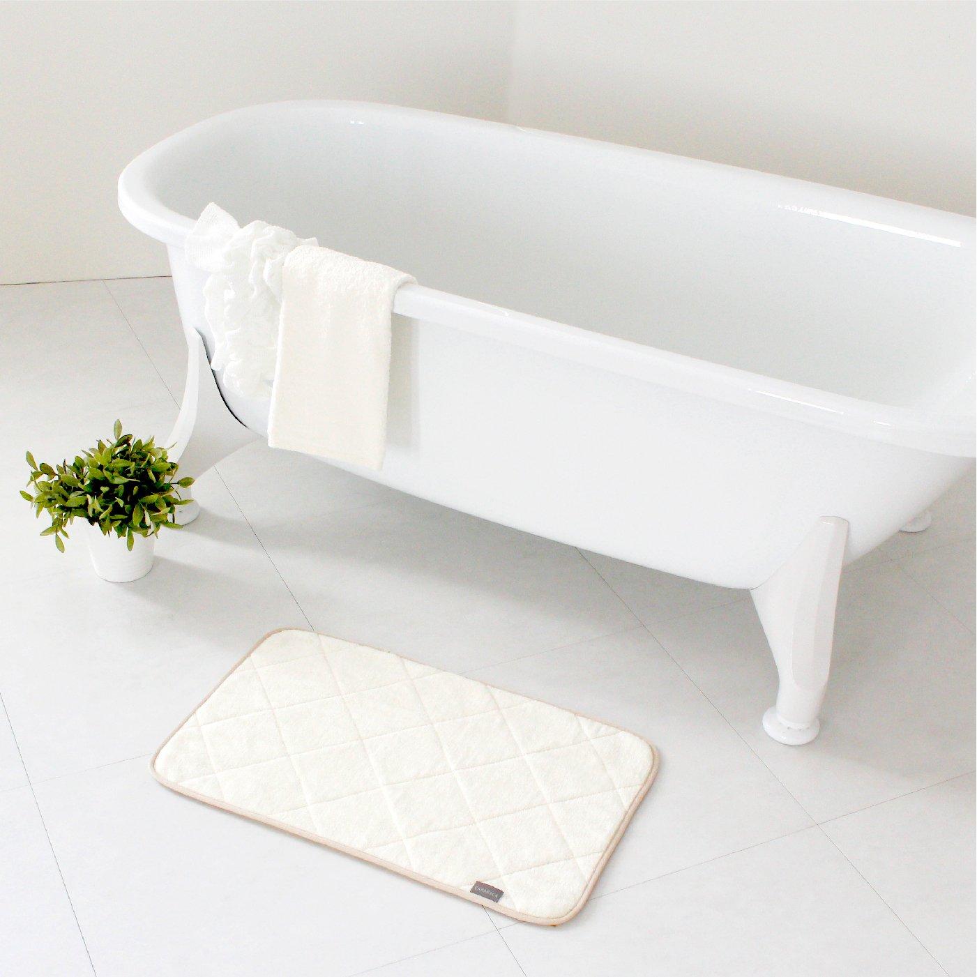タオル感覚で洗える 乾度良好(R) CARARACAバスマット35×60cm