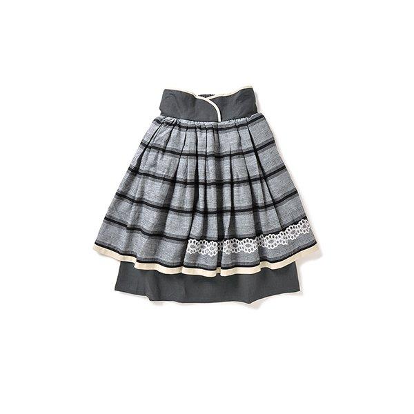 リス クロース ボリュームたっぷりの 綿麻刺しゅうスカート:グレイ×ブラック