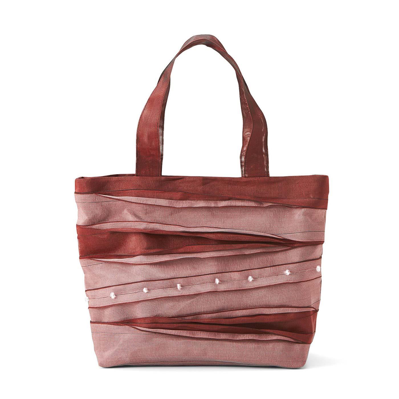薄紅(うすくれない)色の横型トートバッグ 縦約27cm、横約39cm、まち幅約10cm